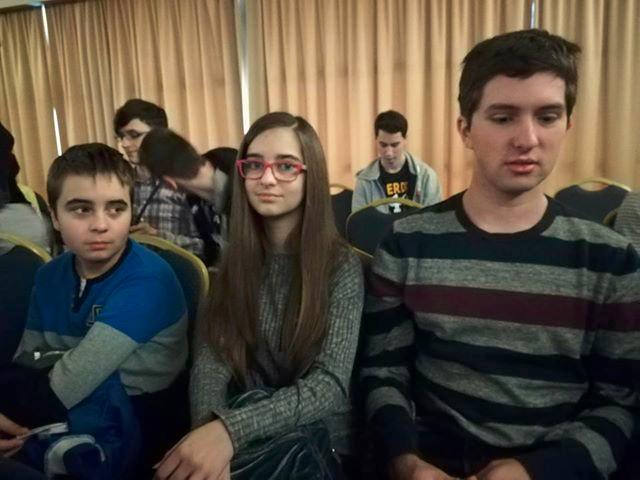 Trio iz obitelji Lendvaj, Dorijan (14), Dora (12) i Vilim (18), prošli je tjedan bio na državnom natjecanju iz informatike, a medalje, kažu, više ne broje, previše ih je