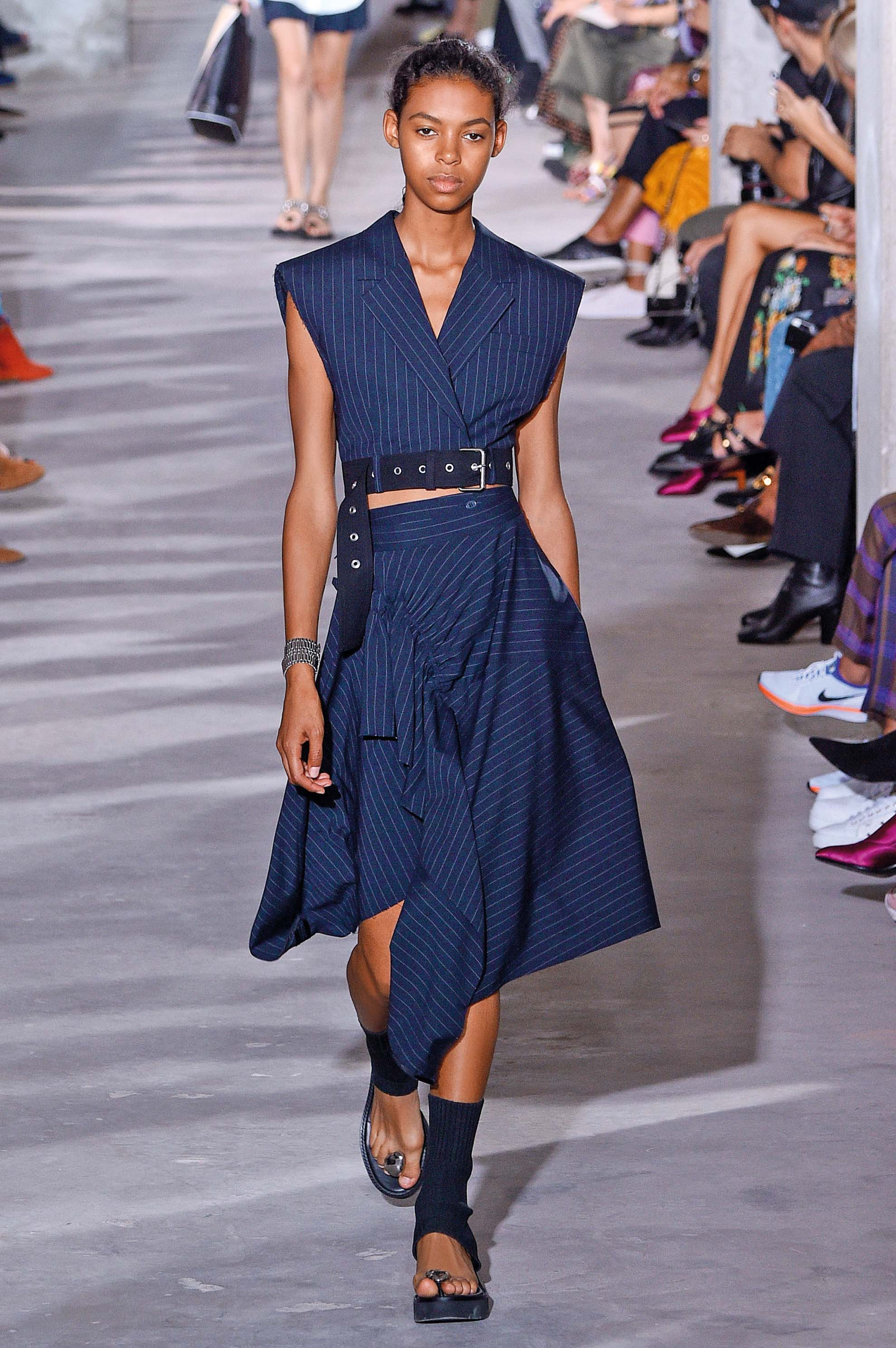 NEW YORK, NY - SEPTEMBER 11:  Alyssa Traore walks the runway at the 3.1 Phillip Lim Ready to Wear Spring/Summer 2018 fashion show during New York Fashion Week on September 11, 2017 in New York City.  (Photo by Peter White/Getty Images)