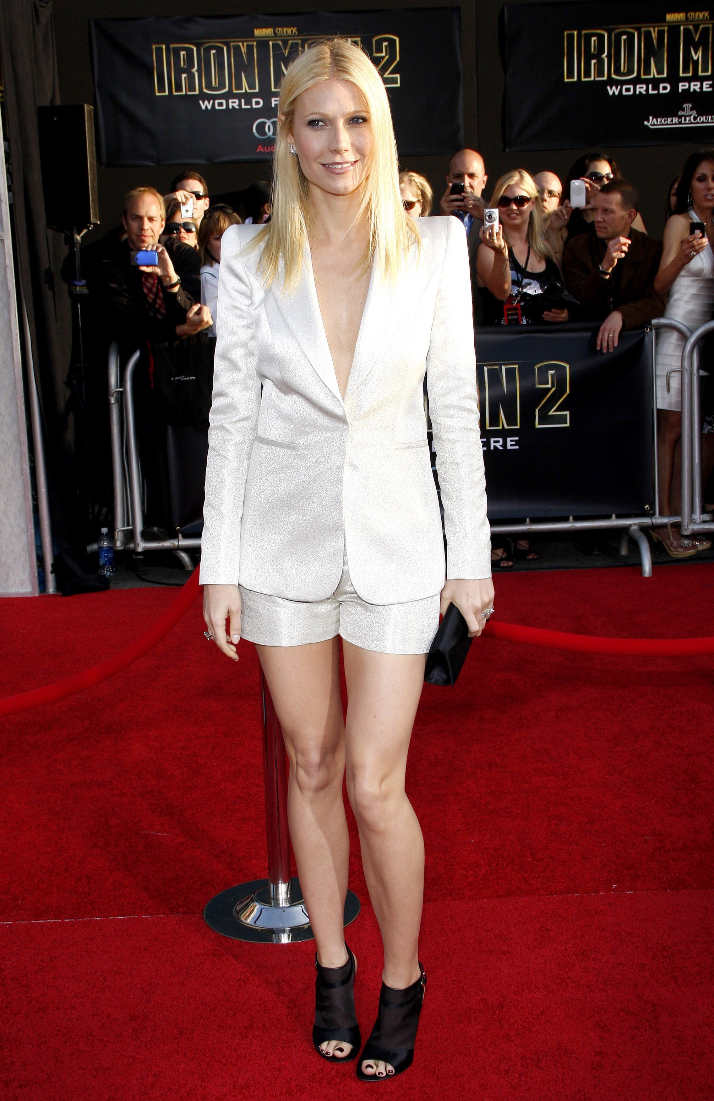 39916, HOLLYWOOD, CALIFORNIA - Monday April 26, 2010. Gwyneth Paltrow at the World premiere of