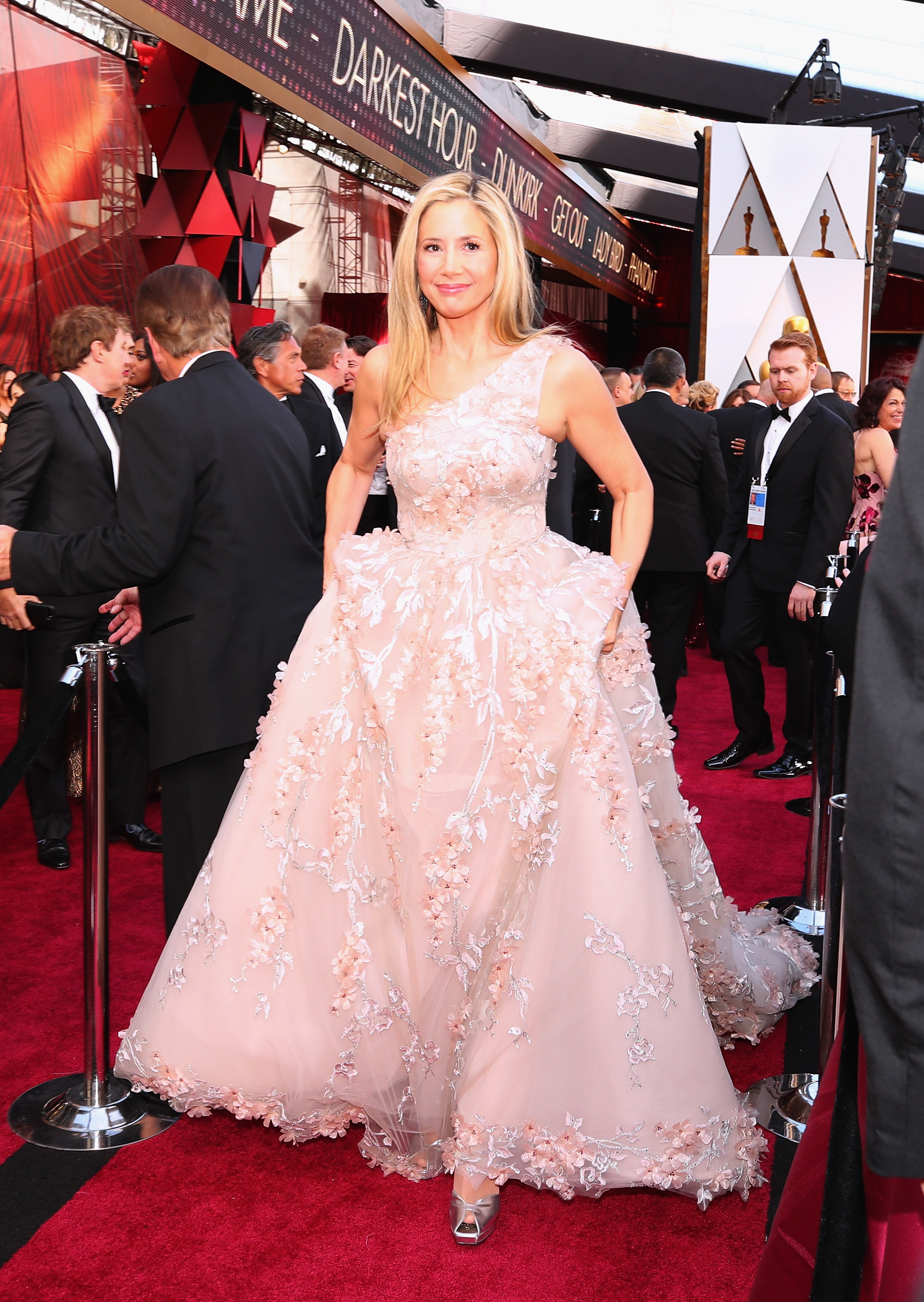 HOLLYWOOD, CA - MARCH 04:  Mira Sorvino attends the 90th Annual Academy Awards at Hollywood & Highland Center on March 4, 2018 in Hollywood, California.  (Photo by Christopher Polk/Getty Images)