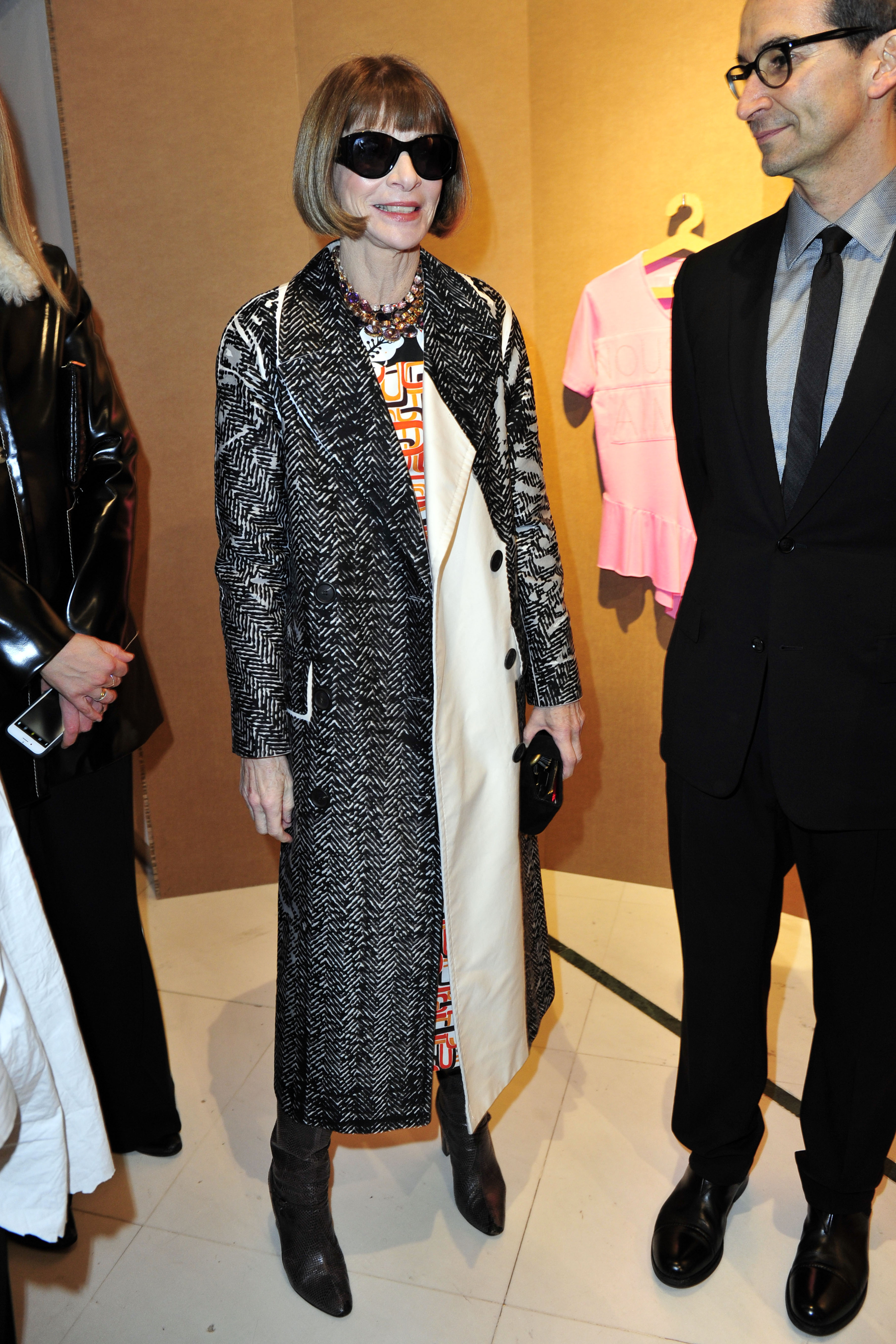 Milan - Anna Wintour during the Milan fashion week  <P> Pictured: Anna Wintour <B>Ref: SPL1656093  230218  </B><BR/> Picture by: Rich / Splash News<BR/> </P><P> <B>Splash News and Pictures</B><BR/> Los Angeles:310-821-2666<BR/> New York:212-619-2666<BR/> London:870-934-2666<BR/> <span id=