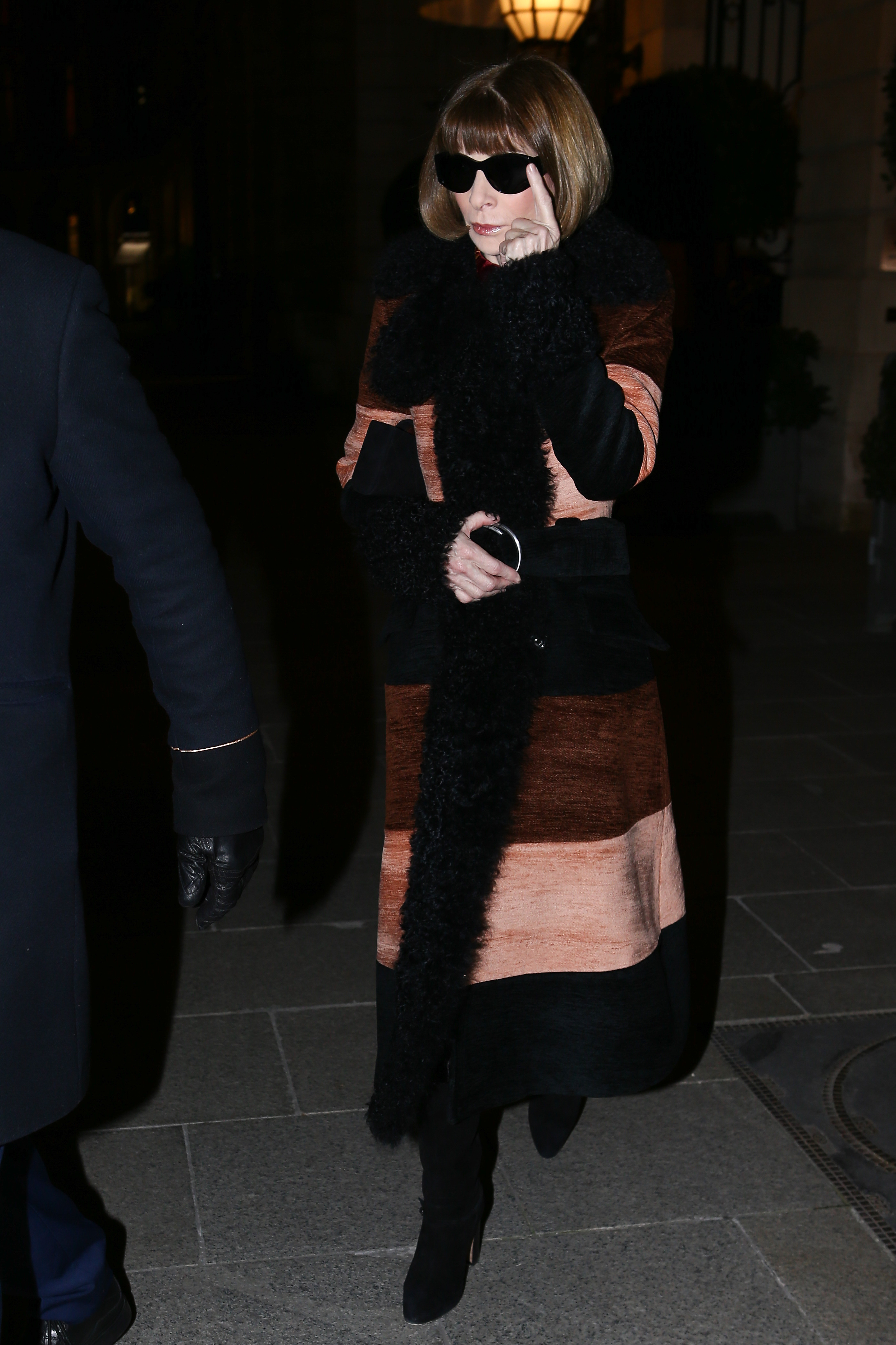 Anna Wintour leaving Ritz Hotel in Pari, FRANCE <P> Pictured: Anna Wintour <B>Ref: SPL1664961  270218  </B><BR/> Picture by: Splash News<BR/> </P><P> <B>Splash News and Pictures</B><BR/> Los Angeles:310-821-2666<BR/> New York:212-619-2666<BR/> London:870-934-2666<BR/> <span id=