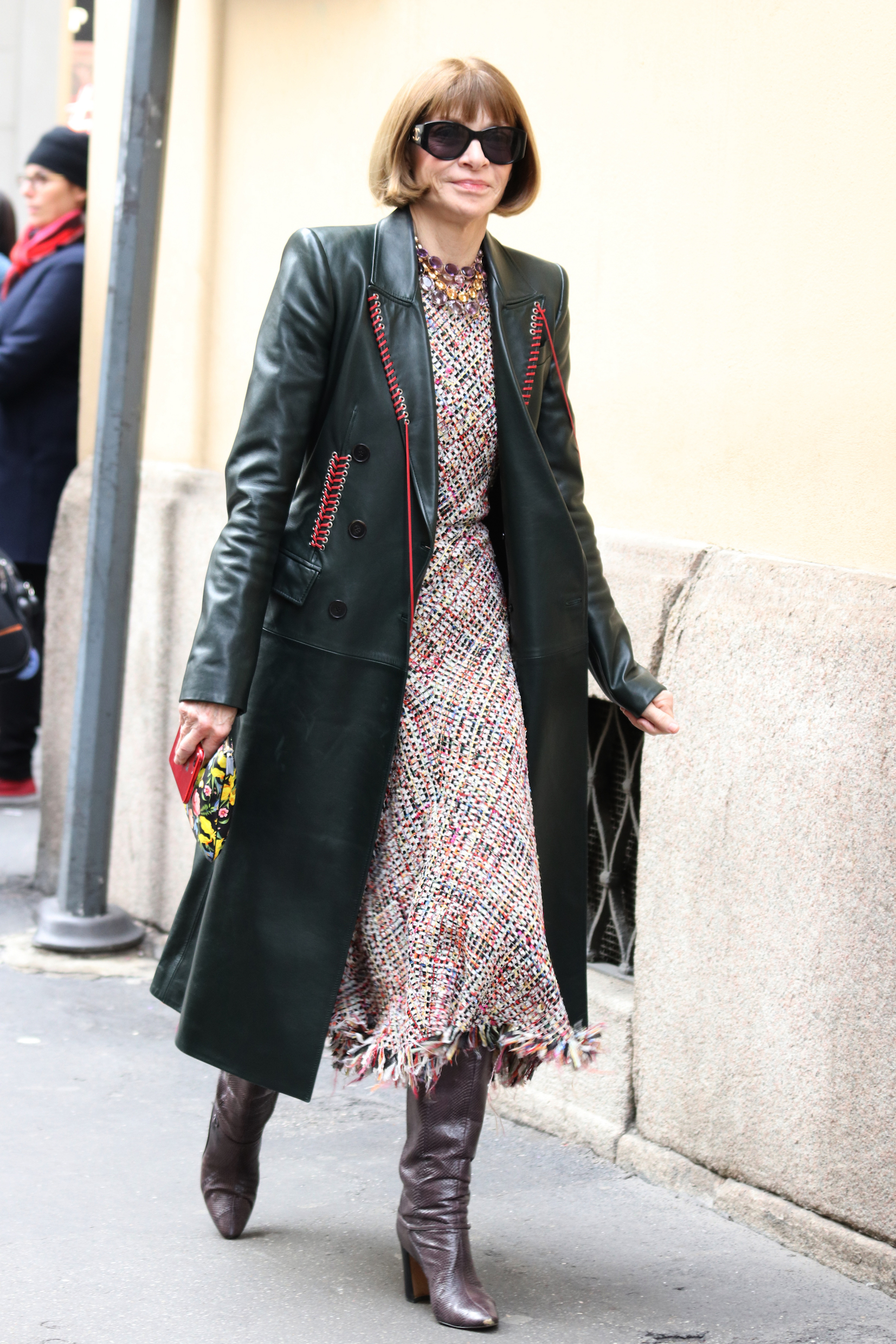 ANNA WINTOUR IN PASSEGGIO FOR MILAN IN THE FASHION WEEK <P> Pictured: ANNA WINTOUR <B>Ref: SPL1664018  250218  </B><BR/> Picture by: Accursio Lota / Splash News<BR/> </P><P> <B>Splash News and Pictures</B><BR/> Los Angeles:310-821-2666<BR/> New York:212-619-2666<BR/> London:870-934-2666<BR/> <span id=