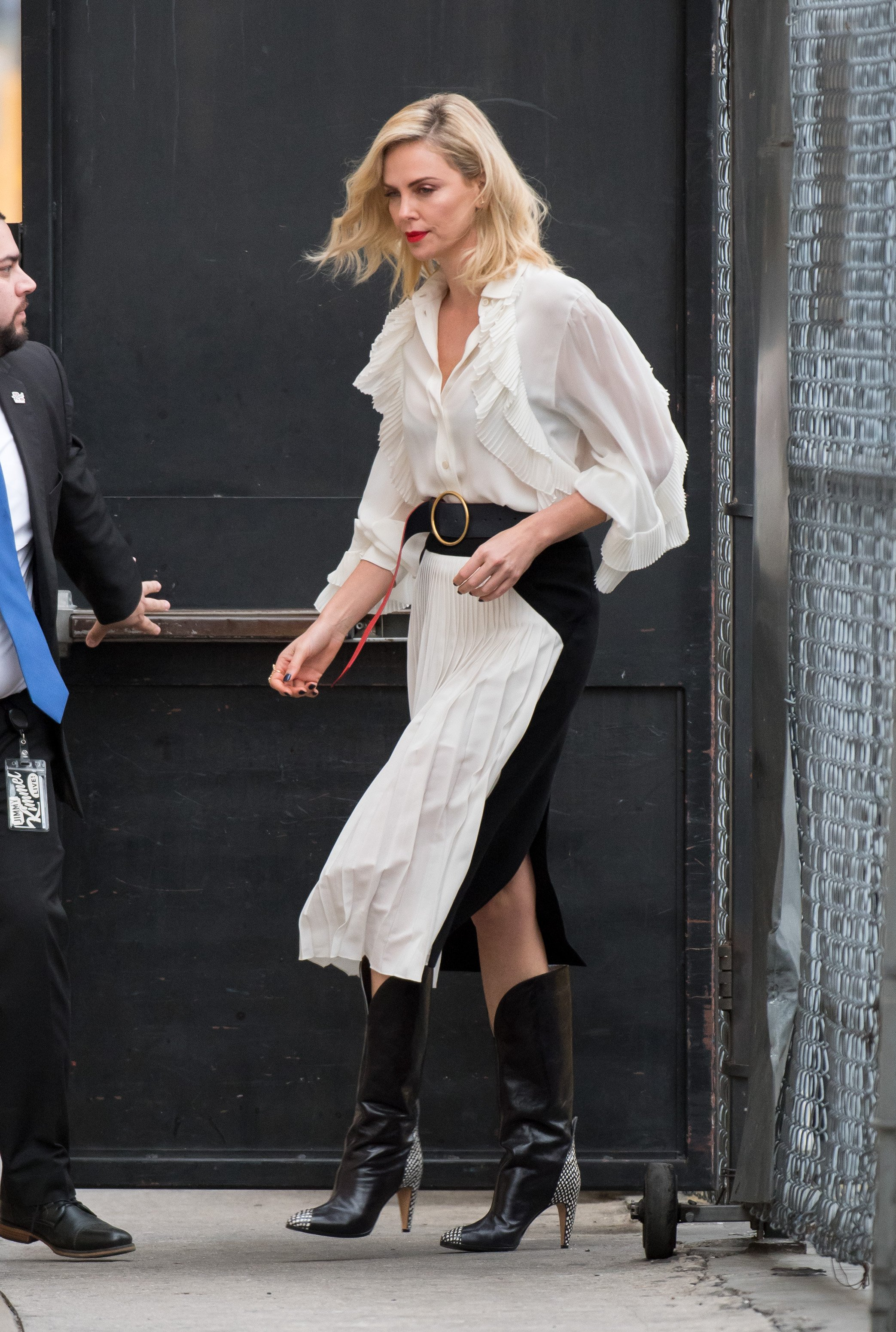 Charlize Theron is seen at 'Jimmy Kimmel Live' in Los Angeles, California.  NON EXCLUSIVE March 07, 2018. 07 Mar 2018 Pictured: Charlize Theron., Image: 365460699, License: Rights-managed, Restrictions: World Rights, Model Release: no, Credit line: Profimedia, Mega Agency
