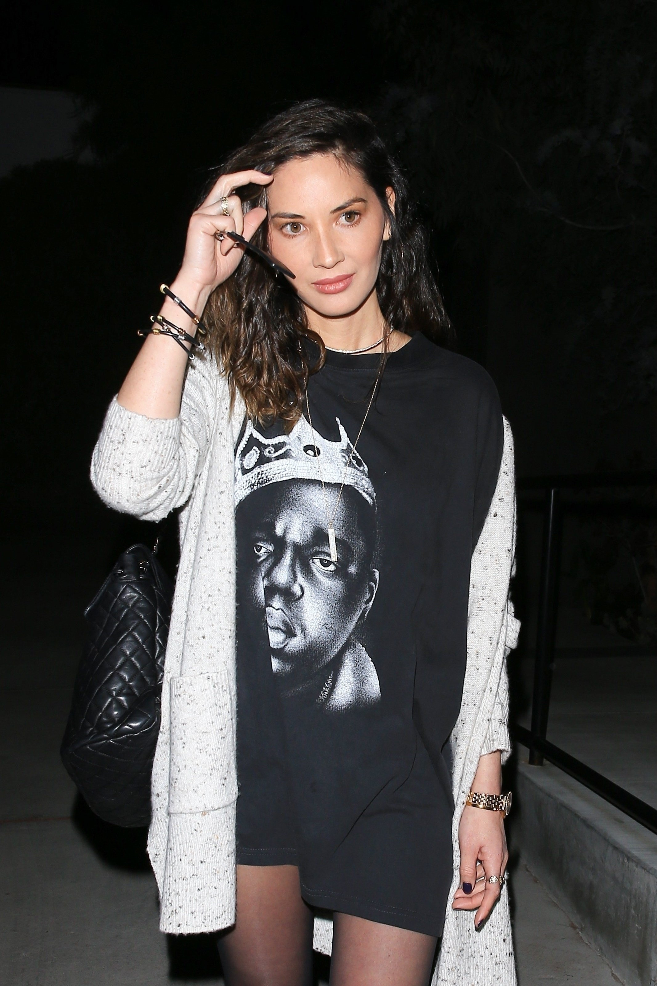 West Hollywood, CA  - Actress Olivia Munn was spotted leaving a hair salon looking stylish and sexy in a t-shirt dress and black leggings during an evening out in West Hollywood.  Pictured: Olivia Munn  BACKGRID USA 7 MARCH 2018, Image: 365486432, License: Rights-managed, Restrictions: , Model Release: no, Credit line: Profimedia, AKM-GSI