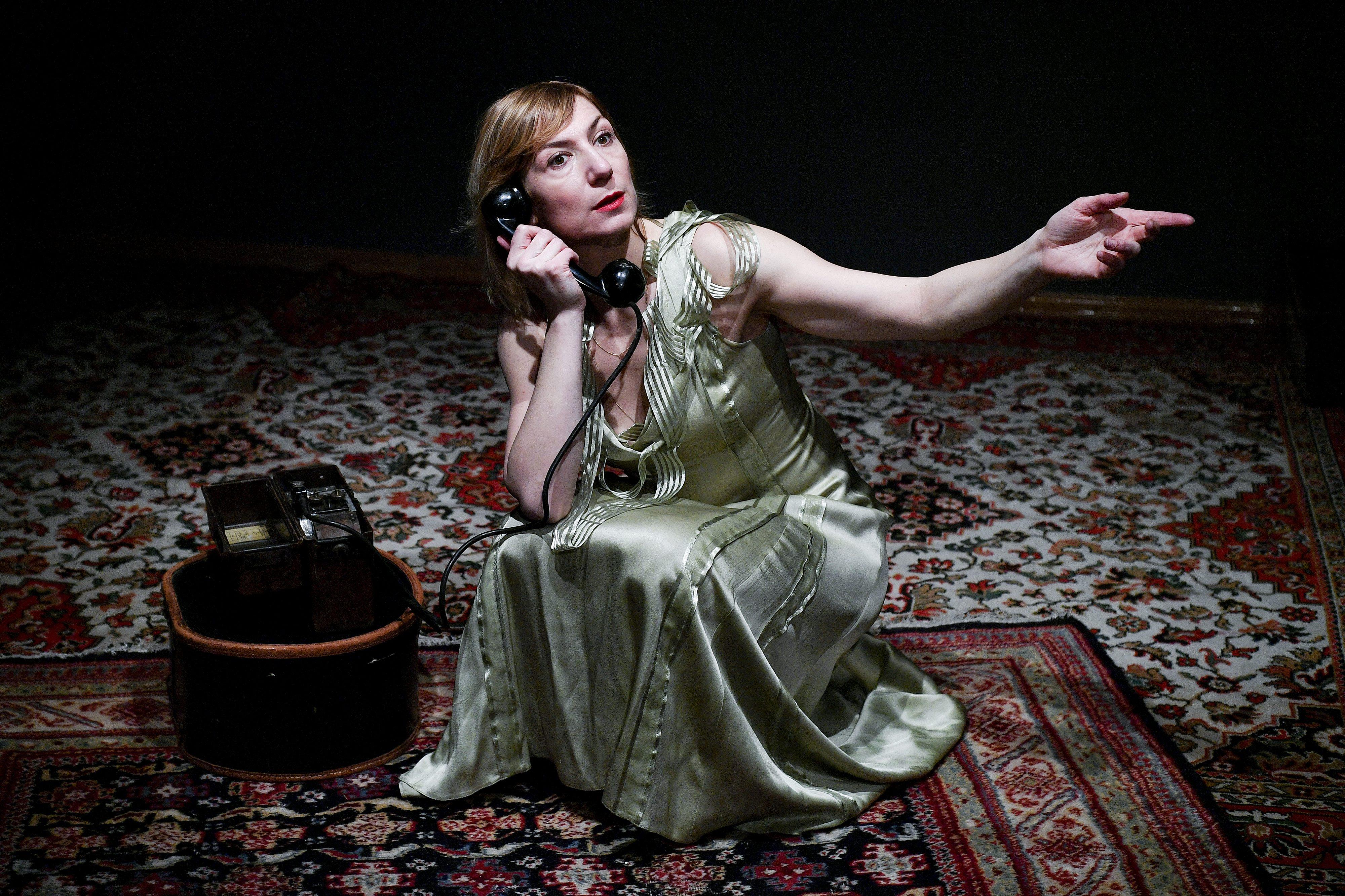 Daria Lorenci Flatz u ulozi Eve Braun