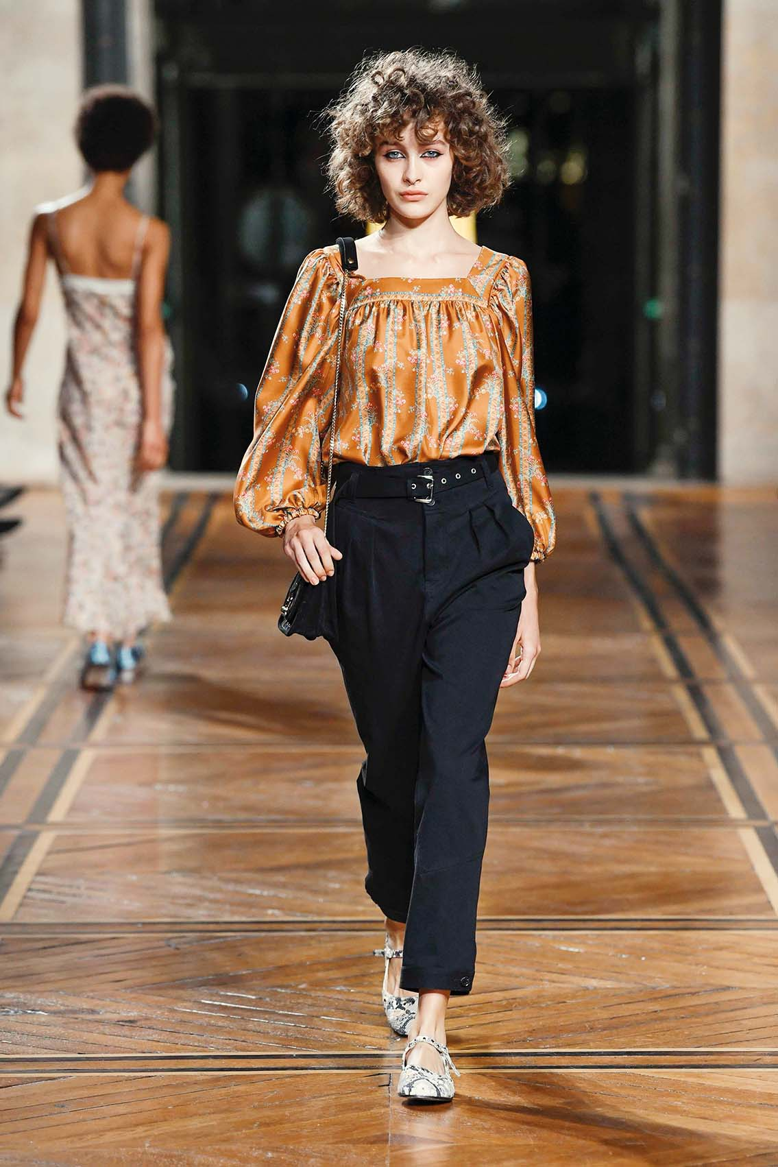 A model presenting a creation by Paul and Joe during the Spring-Summer 2018 fashion shows in Paris, France - 10/03/17//Z-PIXEL-FORMULA_D_073/Credit:Pixelformula/SIPA/1710040000, Image: 351706607, License: Rights-managed, Restrictions: , Model Release: no, Credit line: Profimedia, TEMP Sipa Press