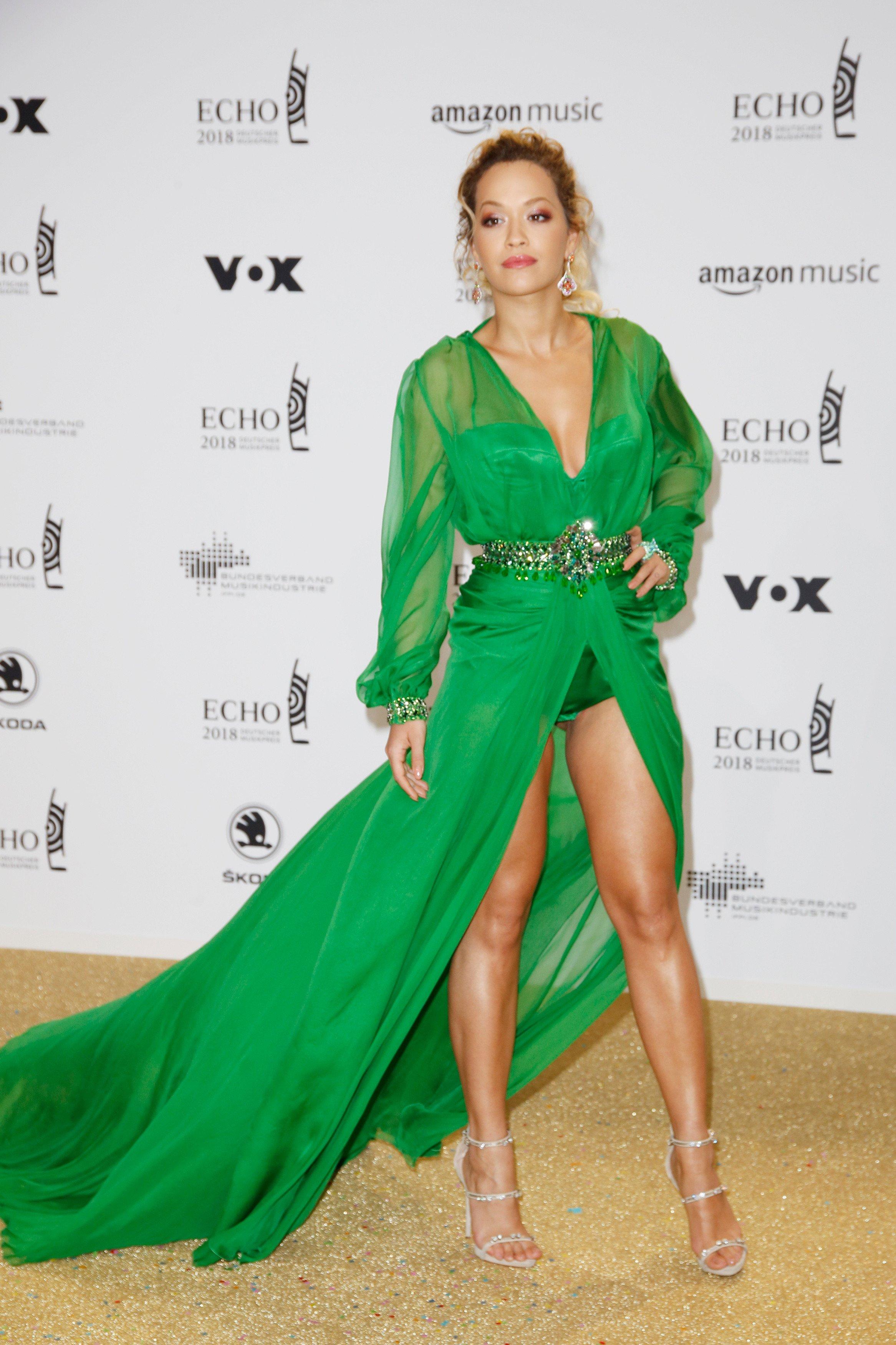 Rita Ora auf dem Roten Teppich bei der Verleihung des ECHO 2018 in Berlin.   Datum 12.04.2018, Image: 368408551, License: Rights-managed, Restrictions: , Model Release: no, Credit line: Profimedia, DDP
