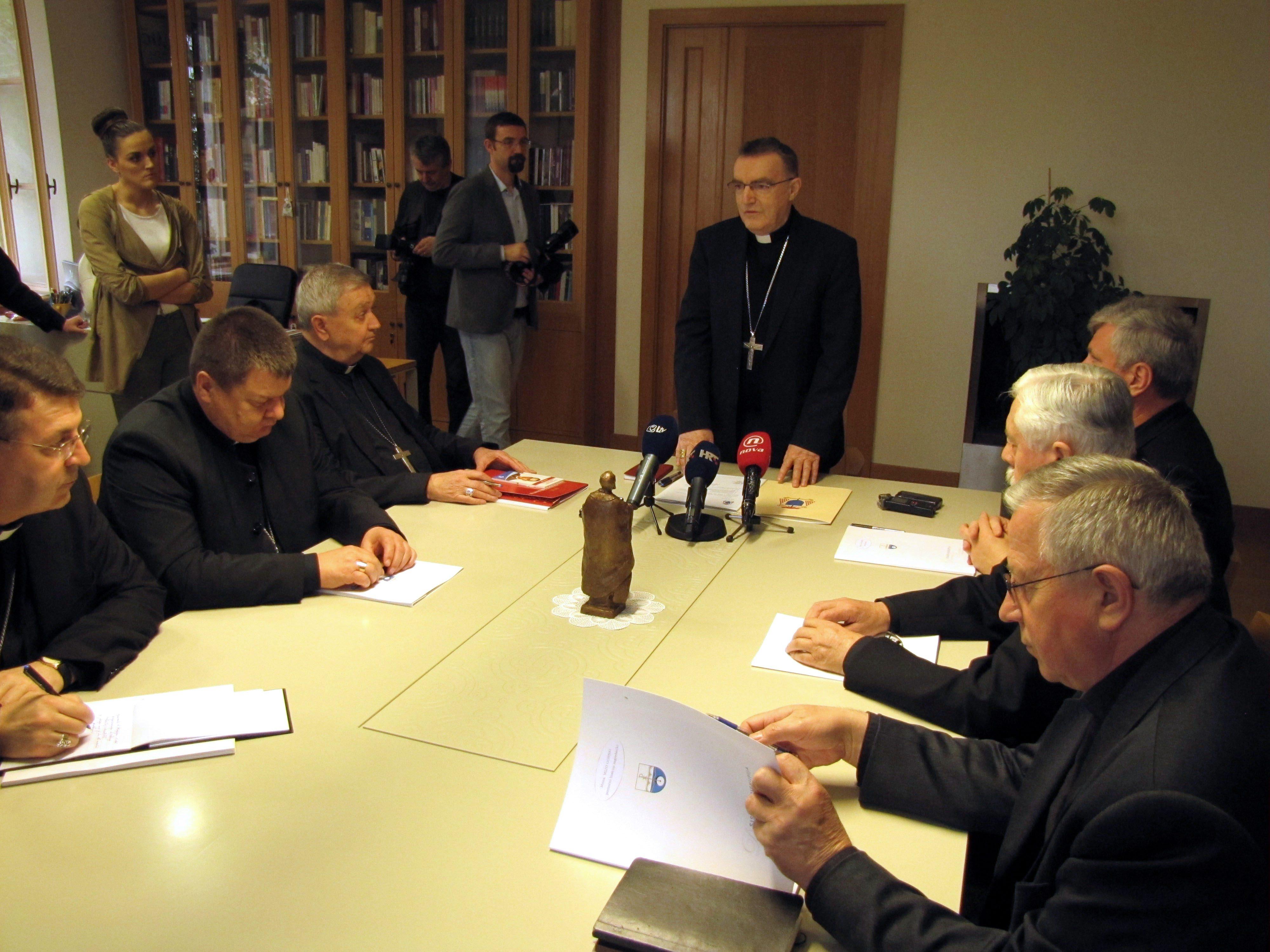 Održana sjednica biskupa Zagrebačke crkvene pokrajine pod predsjedanjem zagrebačkog nadbiskupa i metropolita kardinala Josipa Bozanića.