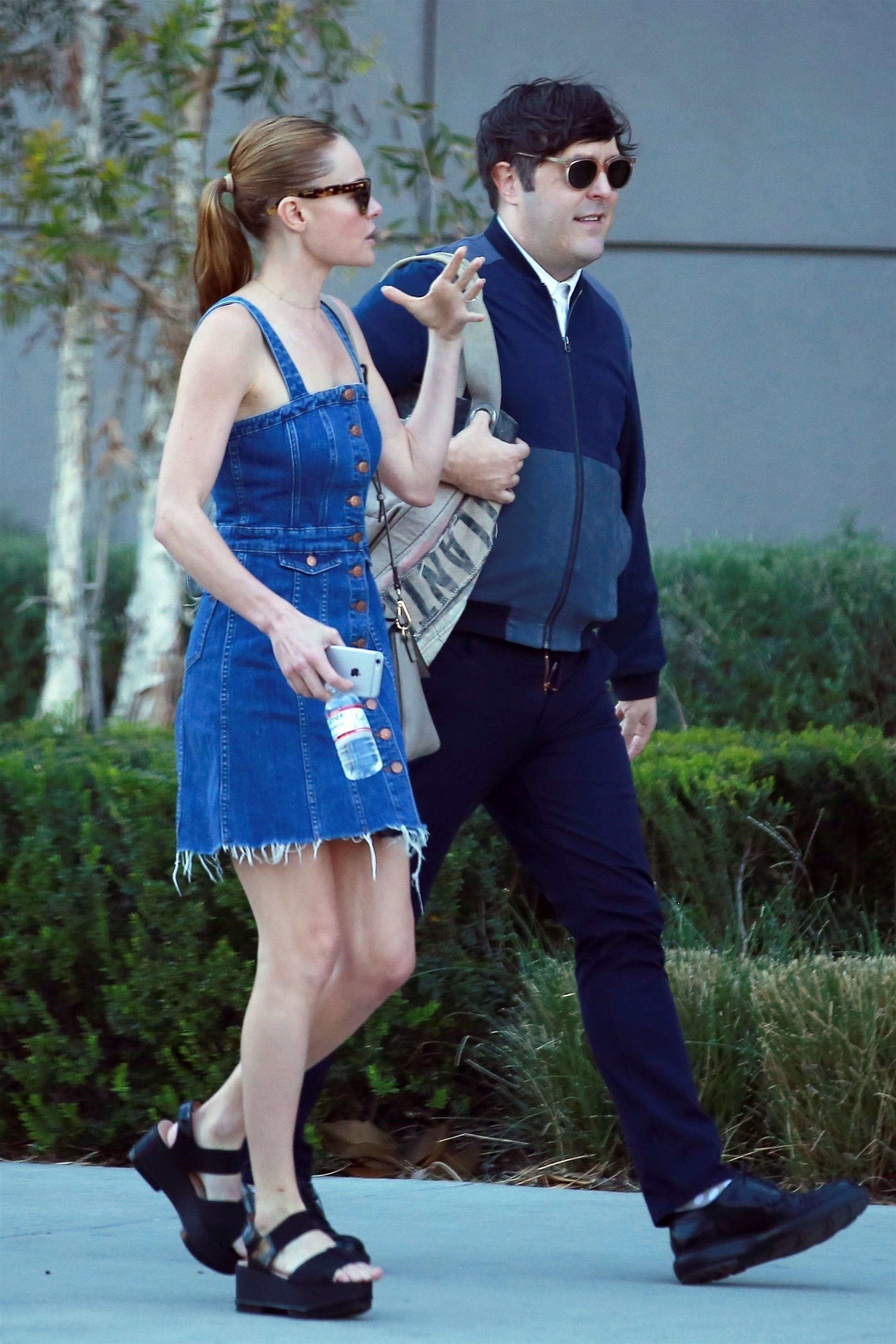 Hollywood, CA  - *EXCLUSIVE*  - Actress Kate Bosworth and a friend stop by the Viacom offices for a meeting in Hollywood. Kate looked cute in a denim dress and black platform sandals.  Pictured: Kate Bosworth    *UK Clients - Pictures Containing Children Please Pixelate Face Prior To Publication*, Image: 368980723, License: Rights-managed, Restrictions: , Model Release: no, Credit line: Profimedia, AKM-GSI