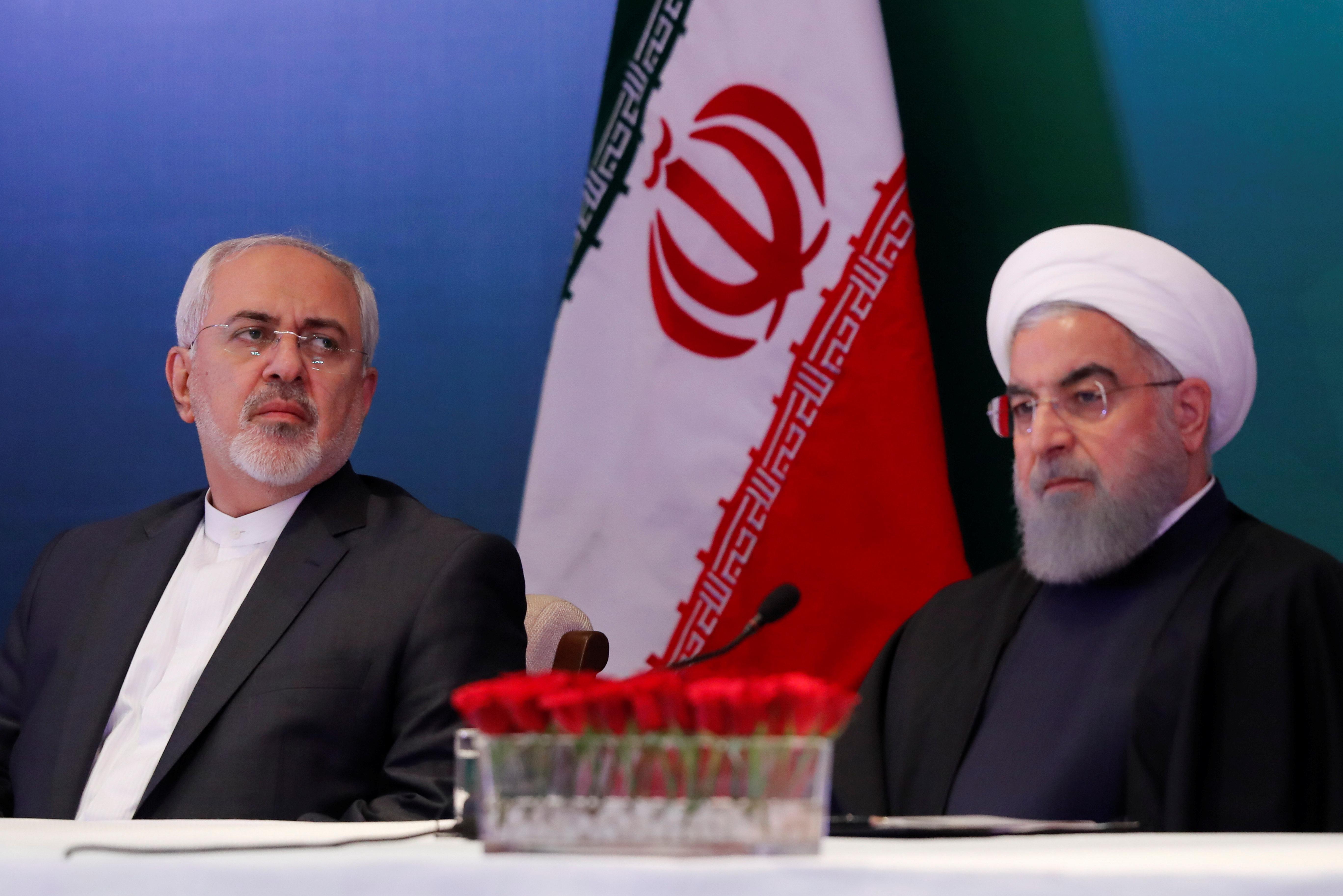 Iranski predsjednik Hasan Rohani (desno) i ministar vanjskih poslova Džavad Zarif