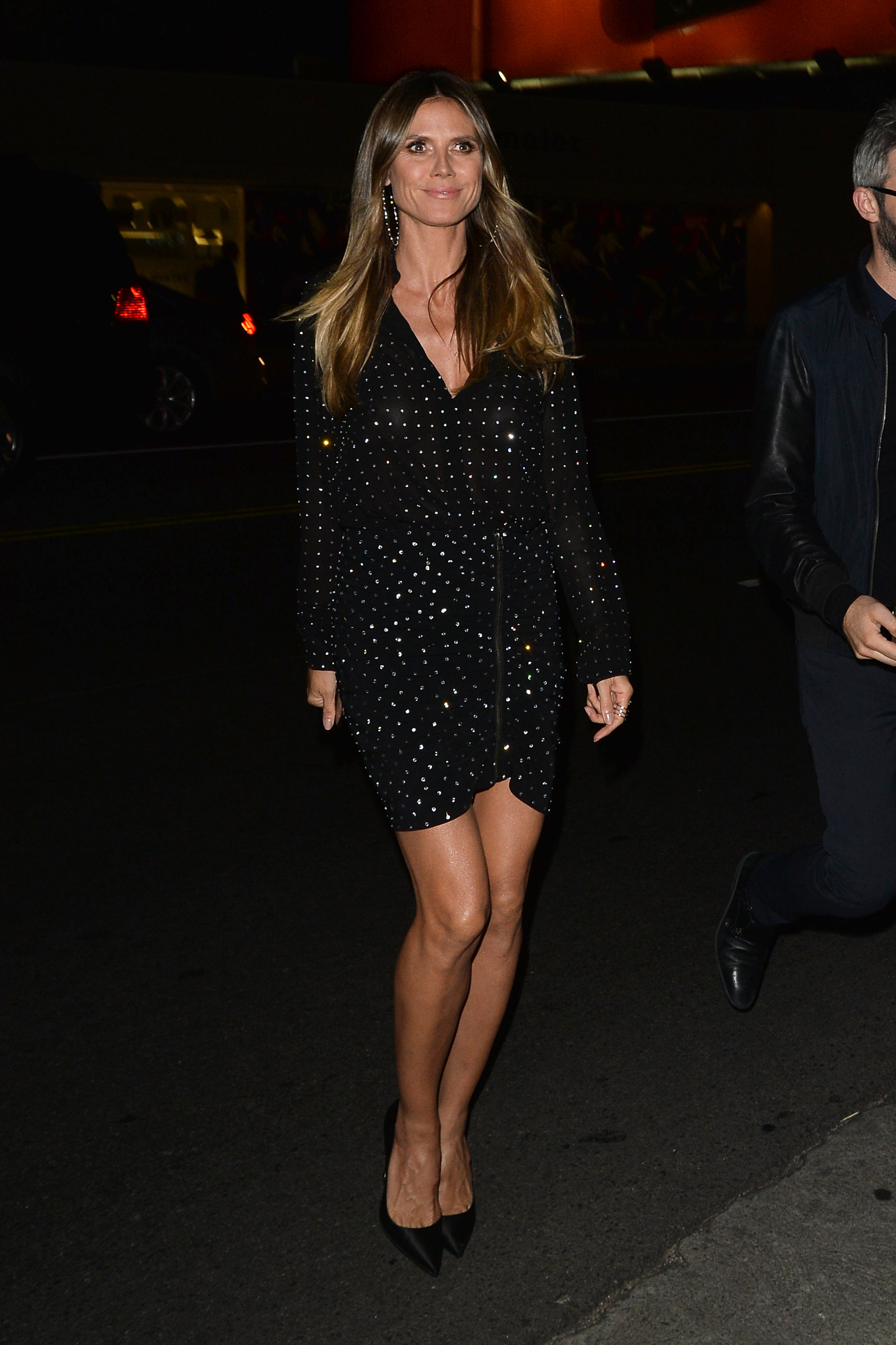 Heidi Klum Leaves The DundasWorld Store Opening <P> Pictured: Heidi Klum <B>Ref: SPL1687616  240418  </B><BR/> Picture by: Splash News<BR/> </P><P> <B>Splash News and Pictures</B><BR/> Los Angeles:310-821-2666<BR/> New York:212-619-2666<BR/> London:870-934-2666<BR/> <span id=