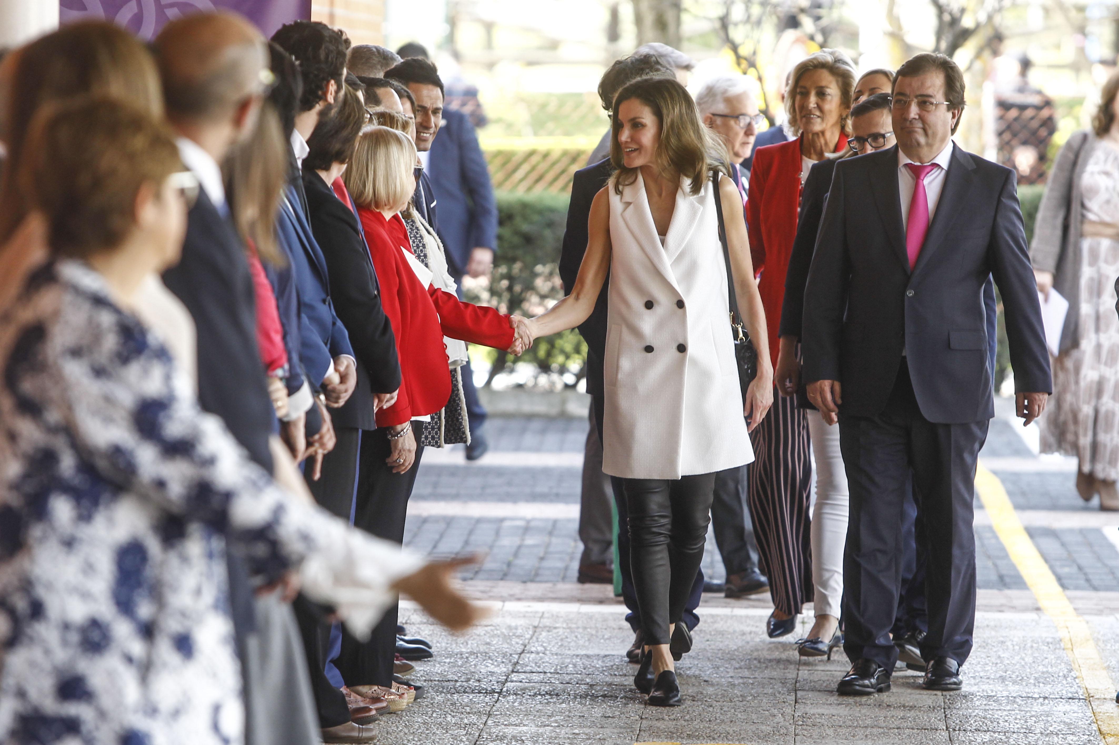 Queen Letizia attends the opening of the 5th Congress of rare diseases at Pedro de Valdivia high school in Villanueva de la Serena, Spain. <P> Pictured: Queen Letizia <B>Ref: SPL1687792  260418  </B><BR/> Picture by: Michael Murdock / Splash News<BR/> </P><P> <B>Splash News and Pictures</B><BR/> Los Angeles:310-821-2666<BR/> New York:212-619-2666<BR/> London:870-934-2666<BR/> <span id=