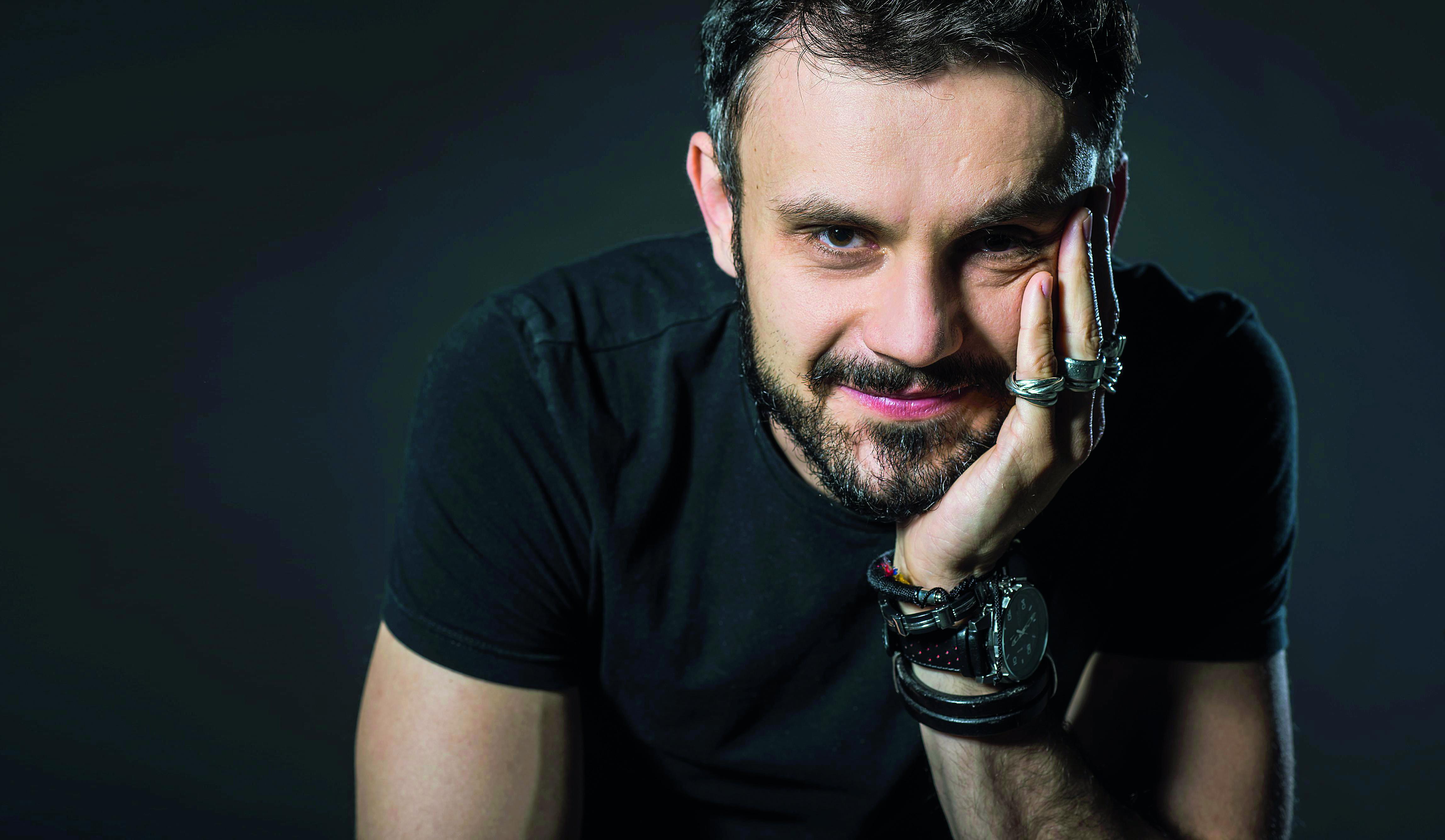 Andrej Dojkić, glumac kazališta Gavella