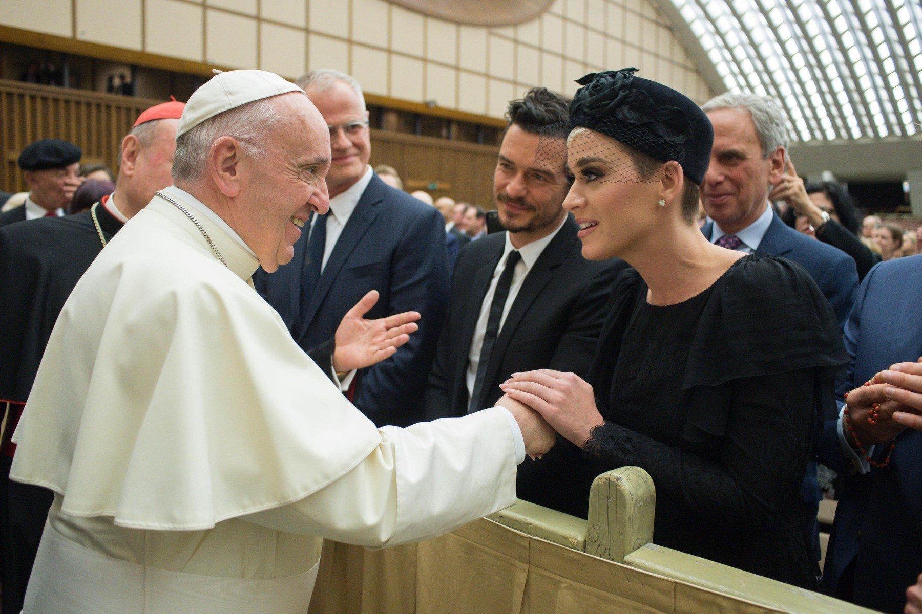Katy Perry i Orlando Bloom na audijenciji kod pape Franje