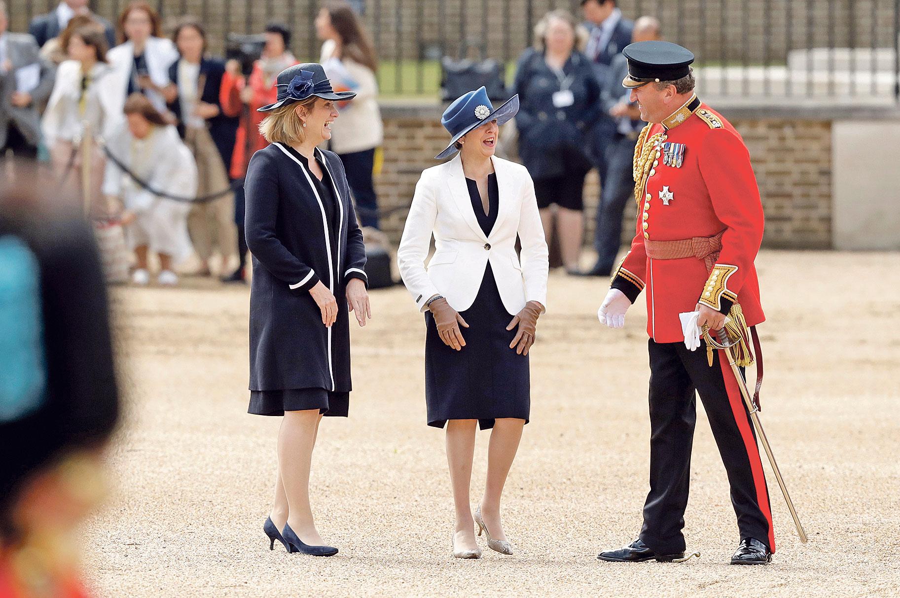 Amber Rudd (lijevo) i Theresa May velike su prijateljice