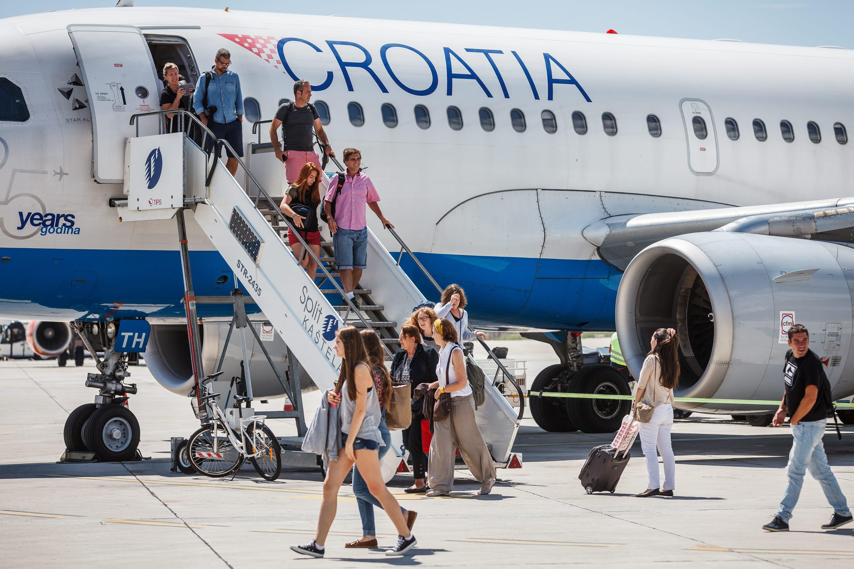 Turisti na splitskom aerodromu