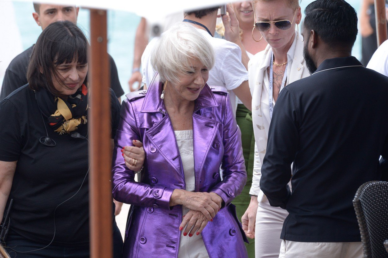 EXCLUSIVE - Helen Mirren falls down after an interview on Martinez beach ahead of the 71st Cannes Film Festival in Cannes, France, on May 12, 2018., Image: 371409222, License: Rights-managed, Restrictions: , Model Release: no, Credit line: Profimedia, Abaca