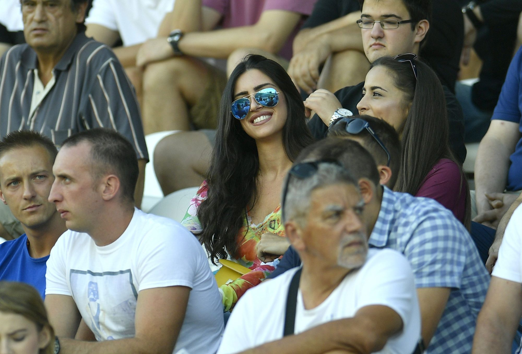 Zagreb, 280816. Stadion NK Zagreb. Utakmica 7. kola MAXtv 1. HNL,  Lokomotiva - Hajduk. Na fotografiji: navijacice. Foto: Ronald Gorsic / CROPIX