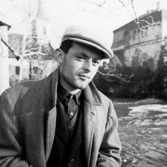 Eugen Feller na fotografiji koju je snimio Branko Balić šezdesetih godina (Arhiv Branka Balića/Institut za povijest umjetnosti)