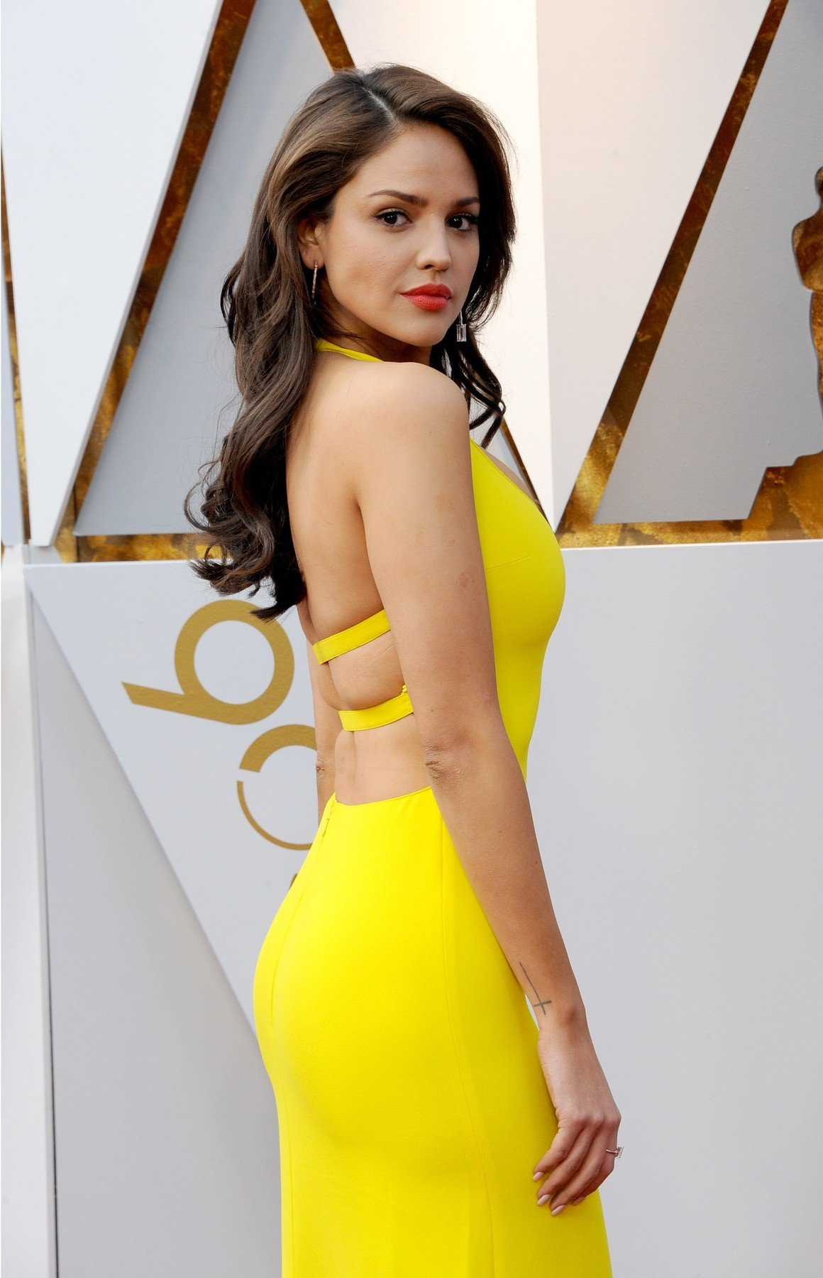 Eiza Gonzalez at arrivals for The 90th Academy Awards - Arrivals, The Dolby Theatre at Hollywood and Highland Center, Los Angeles, CA March 4, 2018., Image: 365051426, License: Rights-managed, Restrictions: For usage credit please use; Elizabeth Goodenough/Everett Collection, Model Release: no, Credit line: Profimedia, Everett
