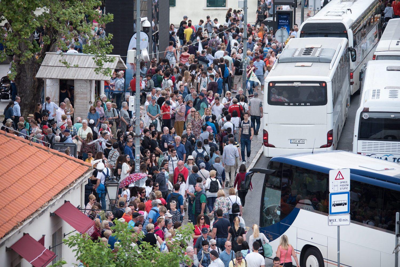 Dubrovnik je već u svibnju bio nakrcan turistima