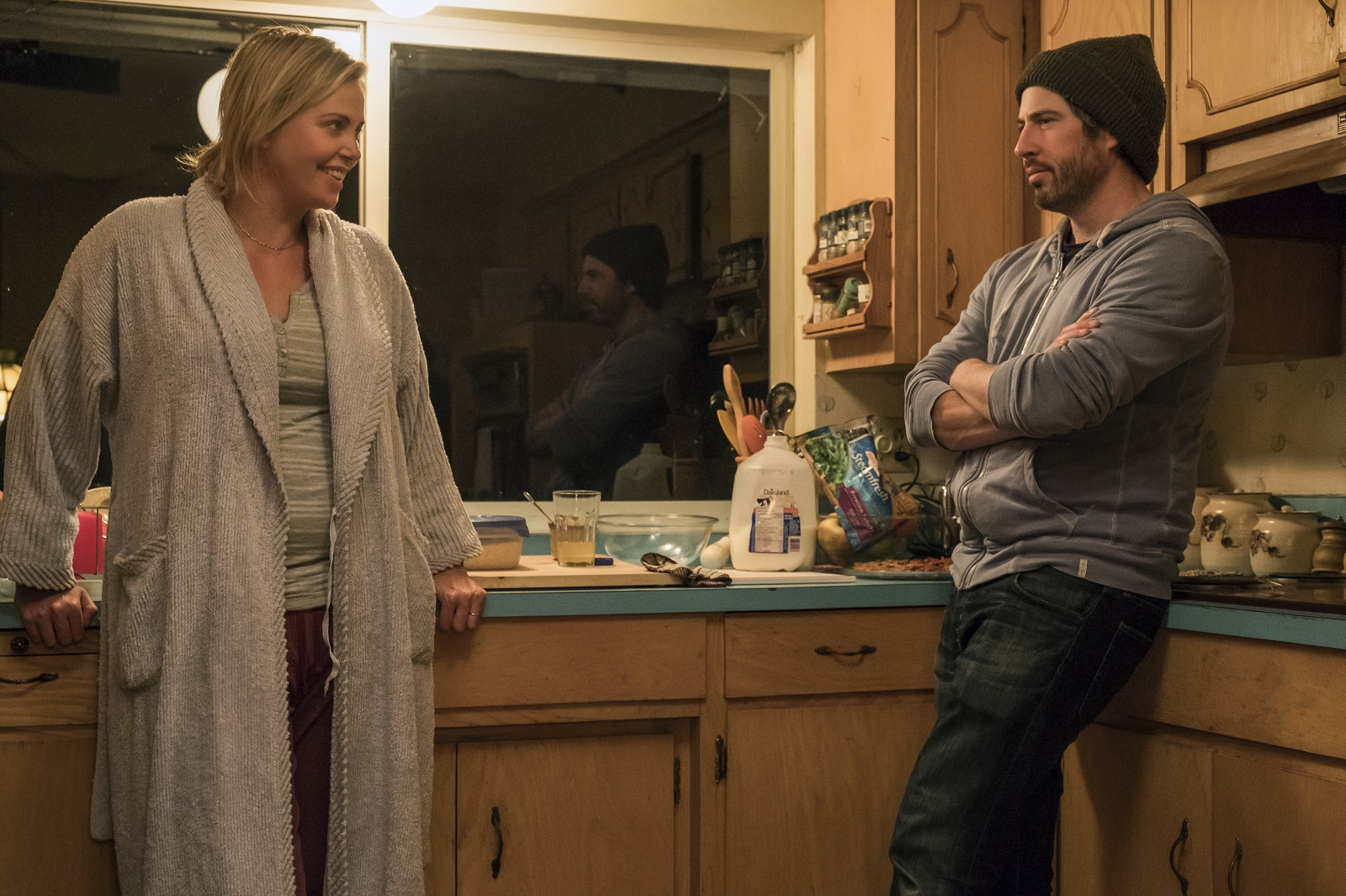 (l to r.) Charlize Theron and director Jason Reitman on the set of TULLY, a Focus Features release.