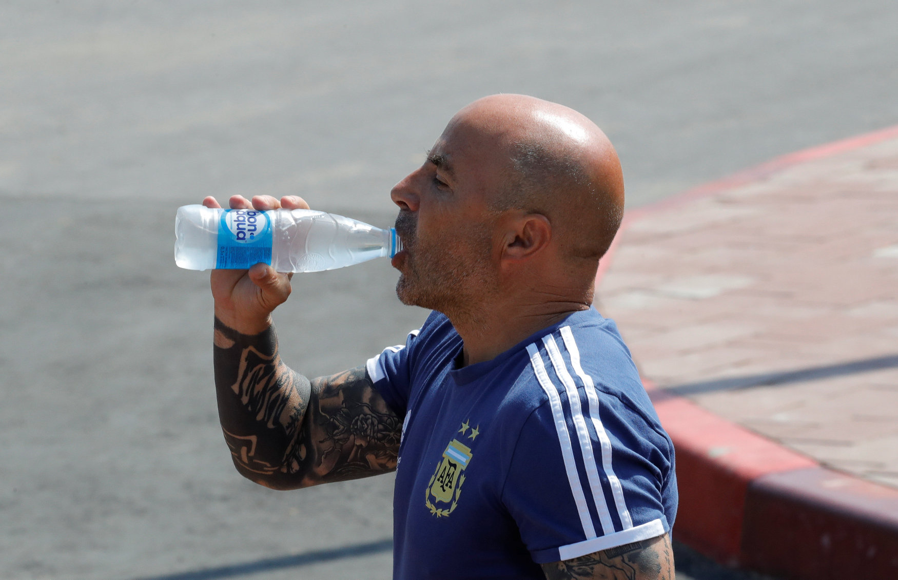 2018-06-23T093545Z_45272812_RC19940A85A0_RTRMADP_3_SOCCER-WORLDCUP-ARG