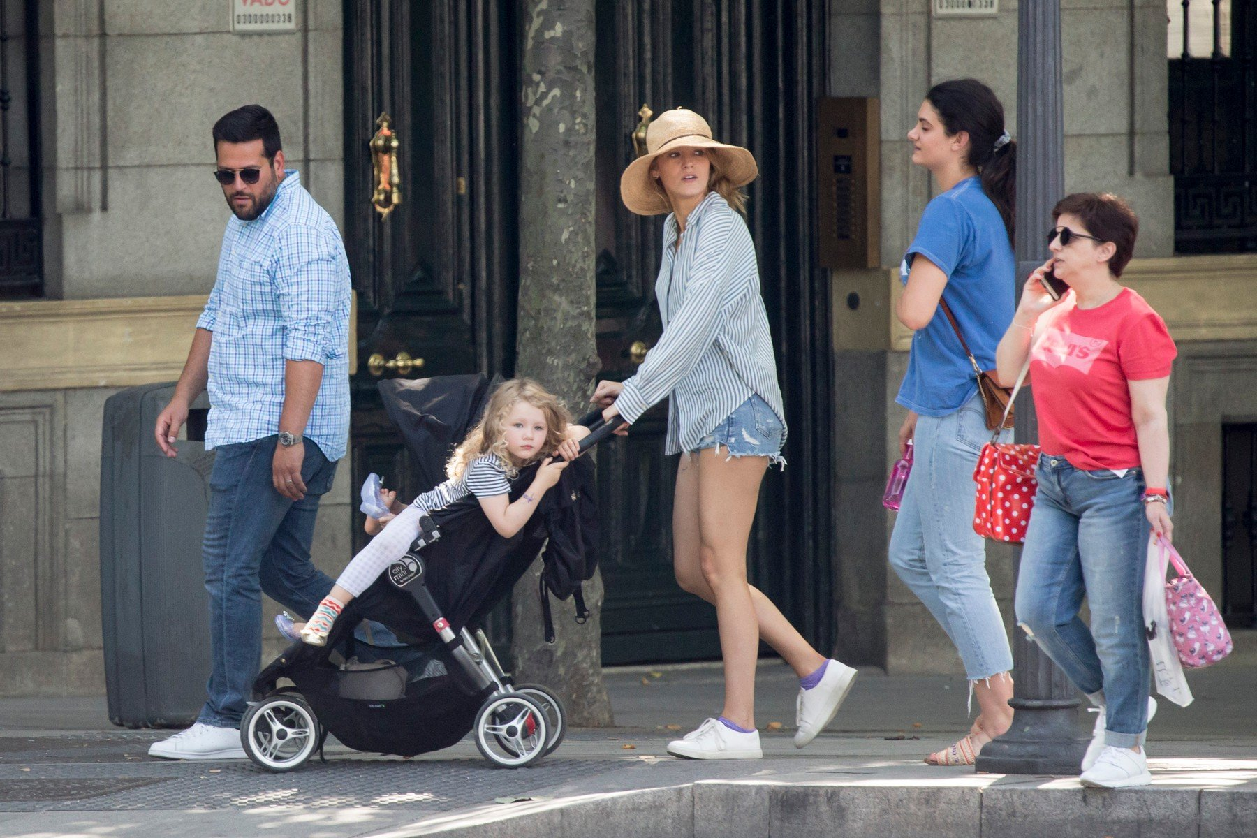 EXCLUSIVE: Blake Lively enjoys a family time during a break of her filming in Madrid. She spent the evening with her children in a playground.  ***SPECIAL INSTRUCTIONS*** Please pixelate children's faces before publication.***. 23 Jun 2018, Image: 375839784, License: Rights-managed, Restrictions: ONLY Australia, Austria, Belarus, Belgium, Bulgaria, Canada, China, Croatia, Czech Republic, Denmark, Estonia, Finland, Germany, Greece, Hungary, India, Ireland, Israel, Italy, Japan, Latvia, Liechtenstein, Lithuania, Luxembourg, Macedonia, Malta, Monaco, Montenegro, Netherlands, New Caledonia, New Zealand, Norway, Philippines, Poland, Portugal, Romania, Russia, Serbia, Slovakia, Slovenia, Sweden, Switzerland, Turkey, United Kingdom, United States, Model Release: no, Credit line: Profimedia, Mega Agency