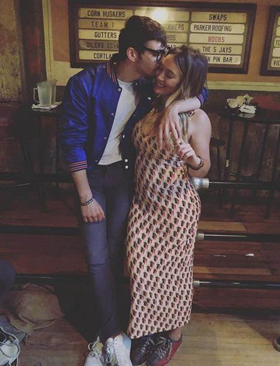 12-6-2018  Celebrity Selfies   Pictured: Matthew Koma Hilary Duff, Image: 374682729, License: Rights-managed, Restrictions: , Model Release: no, Credit line: Profimedia, Planet