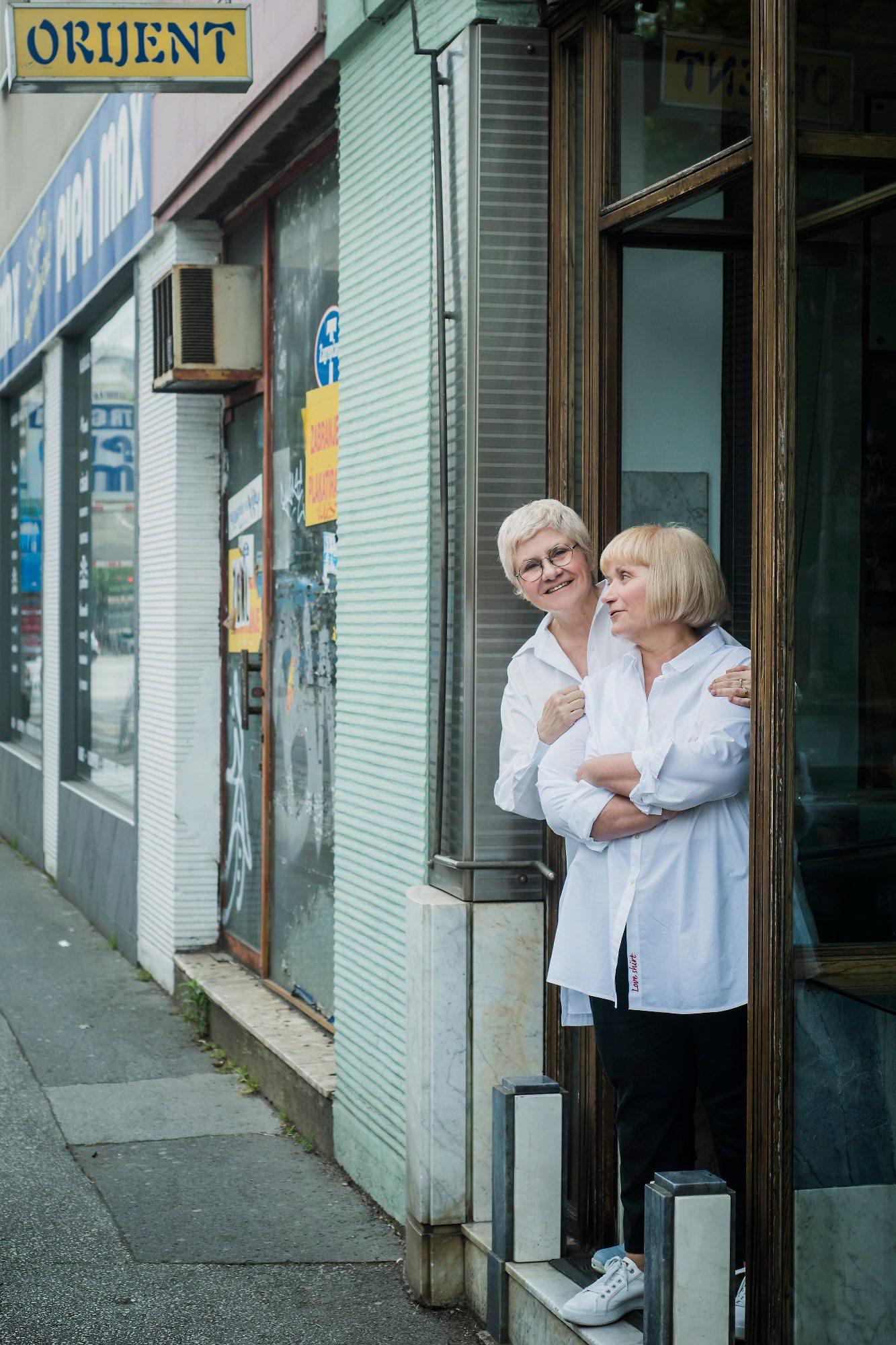 Zagreb, 240518.  Sestre Seherezada Sucevic i Ildeza Tahiri Martelanc vlasnice su legendarne slasticarne Orijent u Maksimirskoj ulici. Foto: Neja Markicevic / CROPIX