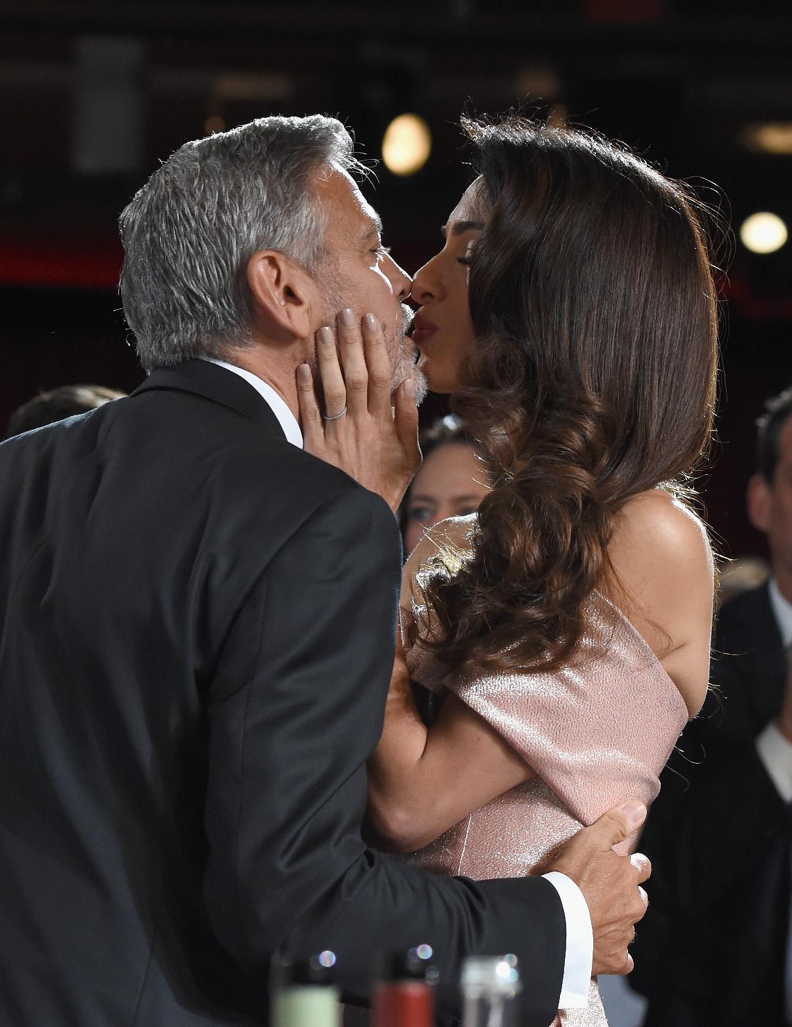 Poljubac Amal i Georgea