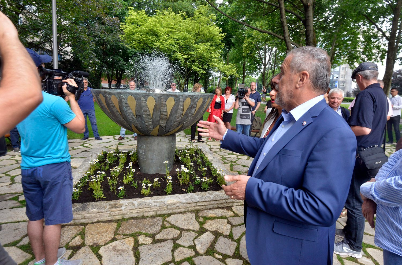 Milan Bandić na službenom predstavljanju obnovljenog parka i fontane Tratinčica