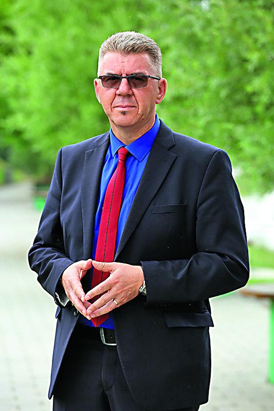 Mursko Sredisce, 250518. Reportaza o romskim naseljima u okolici Cakovca. Na fotografiji: Drazen Srpak gradonacelnik Murskog Sredisca. Foto: Davor Pongracic / CROPIX