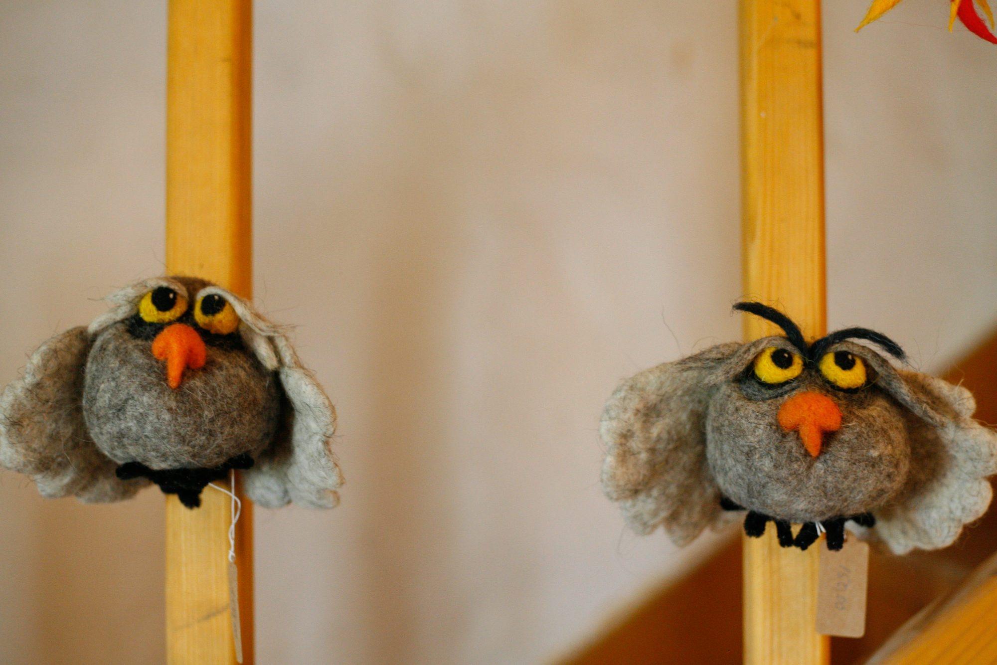 Lubenice, 060718. Muzej Ovcarstva. Tea de Both izradjuje od vune lutke, maske i razne igracke. Na fotografiji: lutke. Foto: Matija Djanjesic / CROPIX