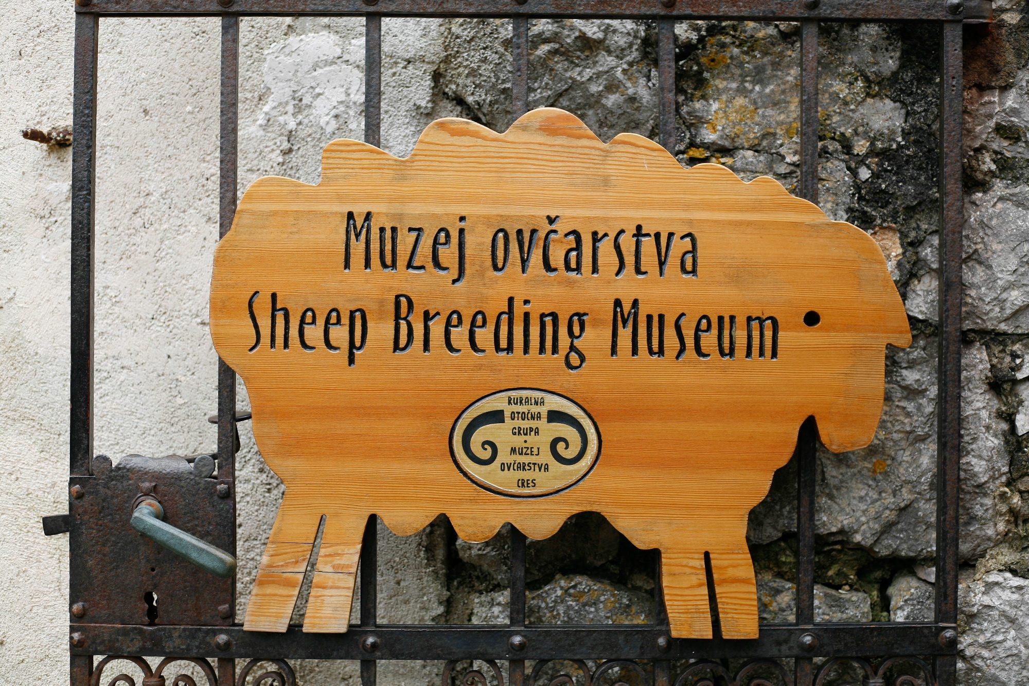 Lubenice, 060718. Muzej Ovcarstva. Tea de Both izradjuje od vune lutke, maske i razne igracke. Na fotografiji: muzej ovcarstva. Foto: Matija Djanjesic / CROPIX