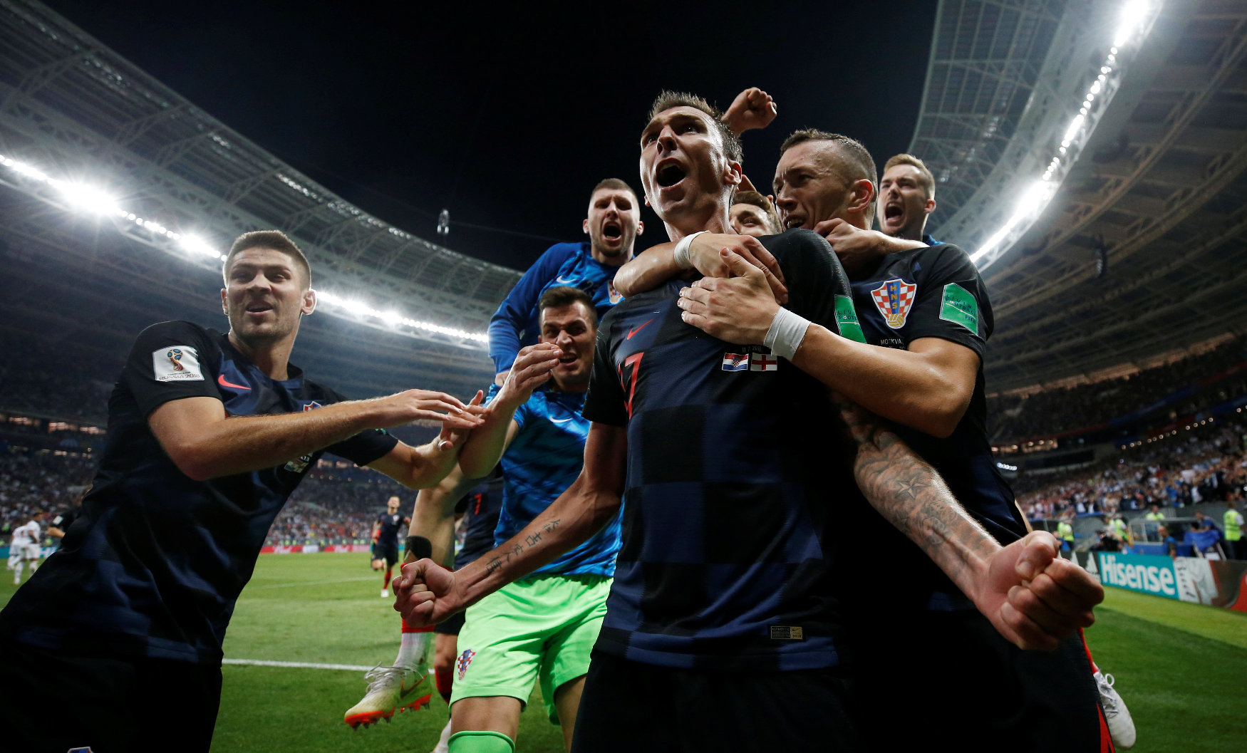 2018-07-11T202536Z_525566128_RC1653EF3520_RTRMADP_3_SOCCER-WORLDCUP-CRO-ENG