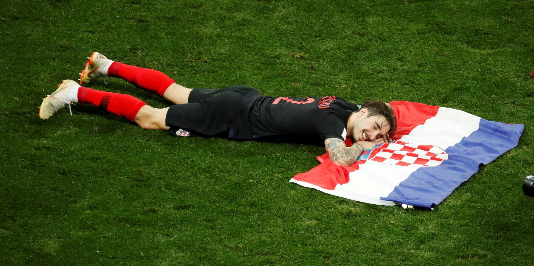2018-07-11T211945Z_317012647_RC1B1A738100_RTRMADP_3_SOCCER-WORLDCUP-CRO-ENG