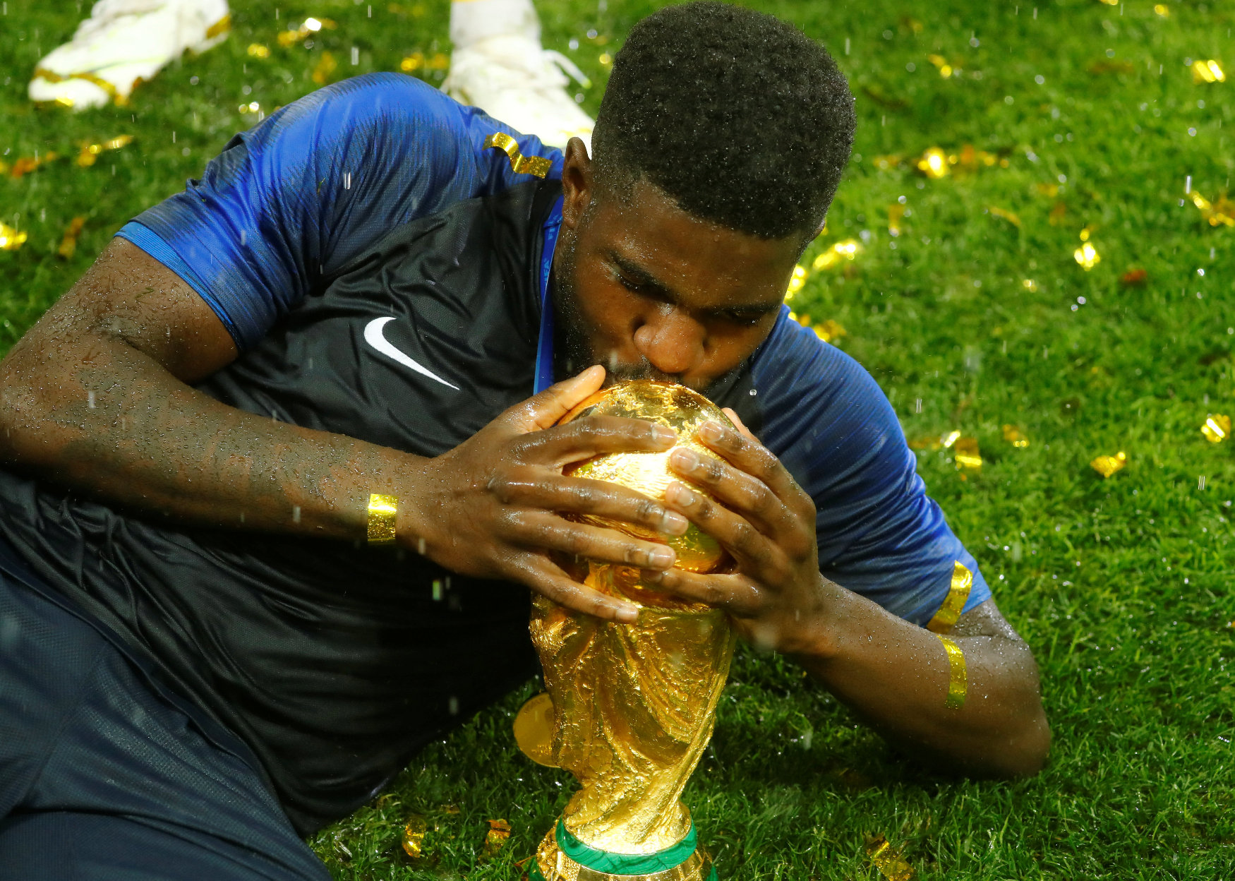 2018-07-15T174357Z_986585620_RC1AAA9D5A20_RTRMADP_3_SOCCER-WORLDCUP-FINAL