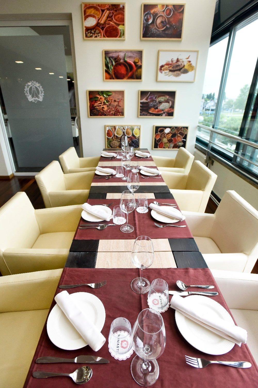 Zagreb, 120718. Selska 217. U neposrednoj blizini Savskog mosta otvoren je vrhunski indisjski restoran Namaste. Foto: Darko Tomas / CROPIX