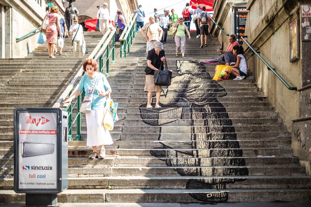 Mladi umjetnik Mislav Lešić oslikao je glavne stepenice tržnice Dolac