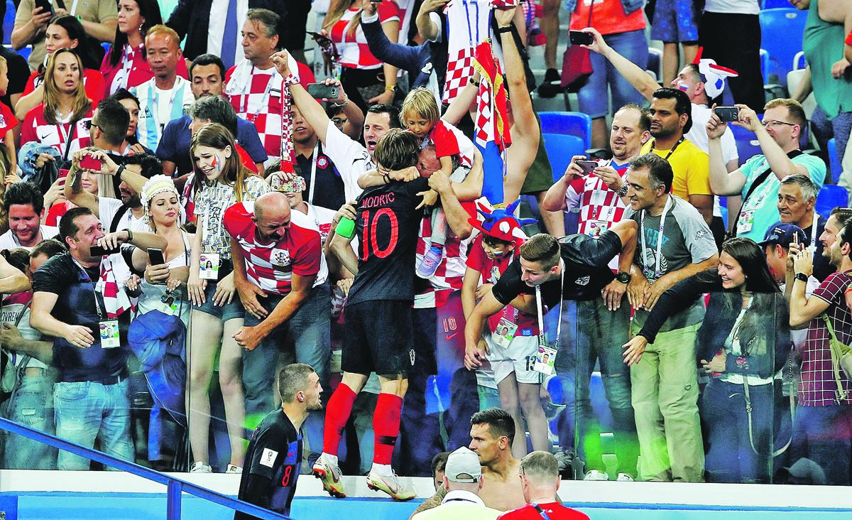 Soccer Football - World Cup - Round of 16 - Croatia vs Denmark - Nizhny Novgorod Stadium, Nizhny Novgorod, Russia - July 1, 2018  Croatia's Luka Modric celebrates after the match  REUTERS/Jason Cairnduff     TPX IMAGES OF THE DAY
