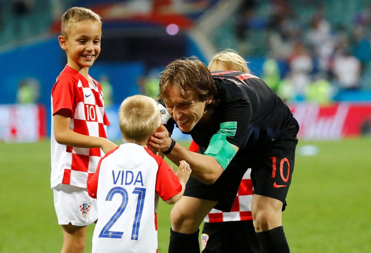 2018-07-07T210335Z_2012234118_RC1FFA2E9B90_RTRMADP_3_SOCCER-WORLDCUP-RUS-CRO