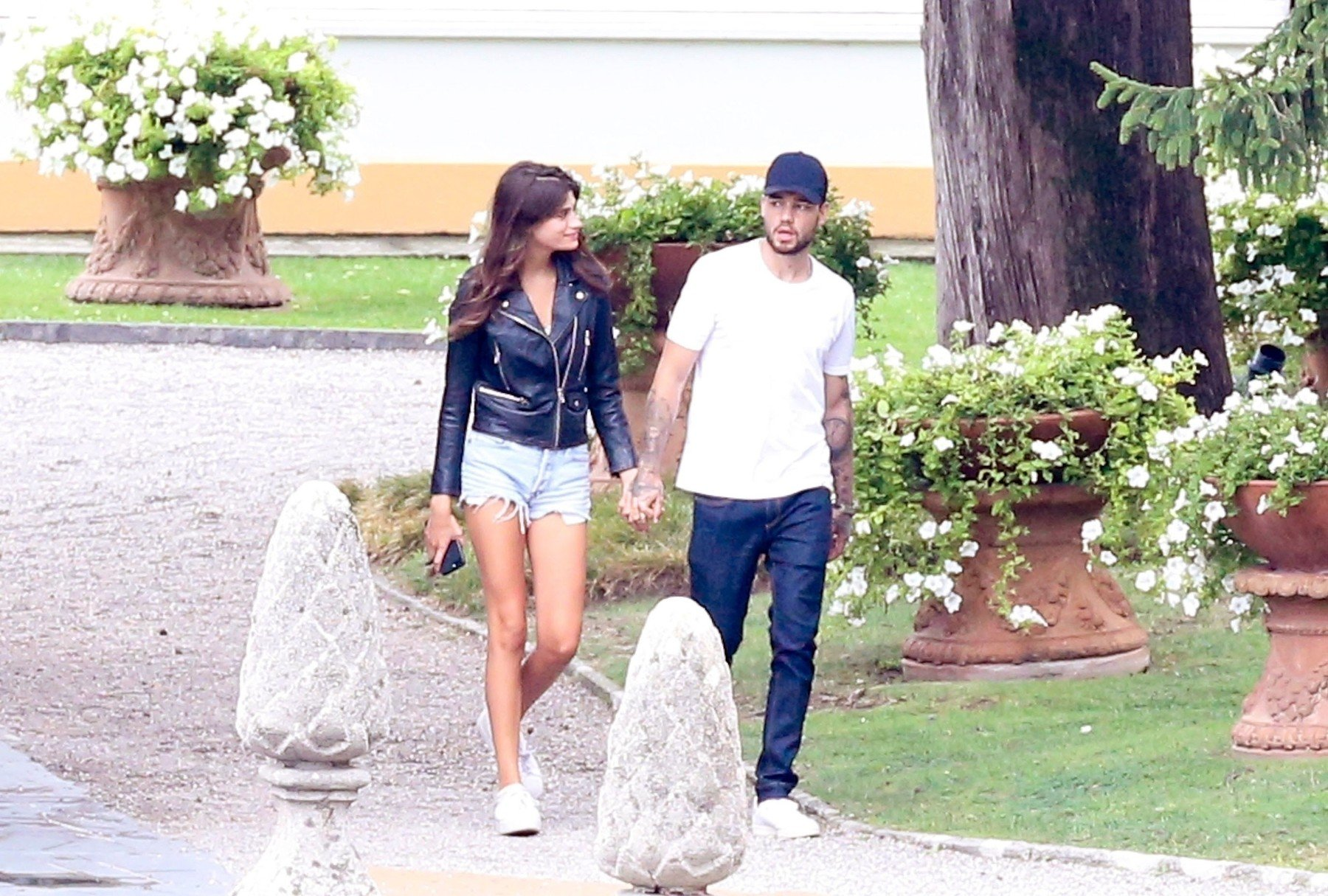 BGUK_1309664 - ** RIGHTS: WORLDWIDE EXCEPT IN FRANCE, ITALY, SPAIN, SWITZERLAND ** Como, ITALY  - *PREMIUM-EXCLUSIVE*  - MUST CALL FOR PRICING BEFORE USAGE -STRICTLY NO ONLINE USE UNTIL 19:05 PM UK TIME ON 14/8/2018 - Cheryl's EX and One Direction singer Liam Payne pictured looking loved-up with new girlfriend Cairo Dwek during their first romantic weekend in Lake Como. The two chose one of the most romantic places in the world, Lake Como. Liam arrived in Milan-Linate yesterday morning and then went to Villa D'Este (Cernobbio). Cairo was already in the hotel in Cernobbio for a few days with a friend. Today the two left from Como to Milan, Liam left Milan-Linate while Cairo left the train from Milan Central Station.  Pictured: Liam Payne    *UK Clients - Pictures Containing Children Please Pixelate Face Prior To Publication*, Image: 382427605, License: Rights-managed, Restrictions: , Model Release: no, Credit line: Profimedia, Xposurephotos