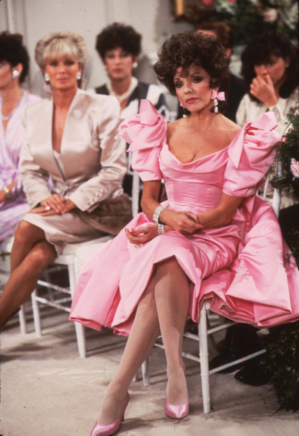 Los Angeles.CA.USA.  Linda Evans and Joan Collins in a publicity still for the 1980s tv series Dynasty., Image: 97341128, License: Rights-managed, Restrictions: Supplied by Landmark Media. Editorial Only. Landmark Media is not the copyright owner of these Film or TV stills but provides a service only for recognised Media outlets., Model Release: no, Credit line: Profimedia, Landmark