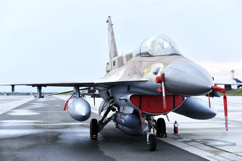 Na fotografiji: F16 Barak