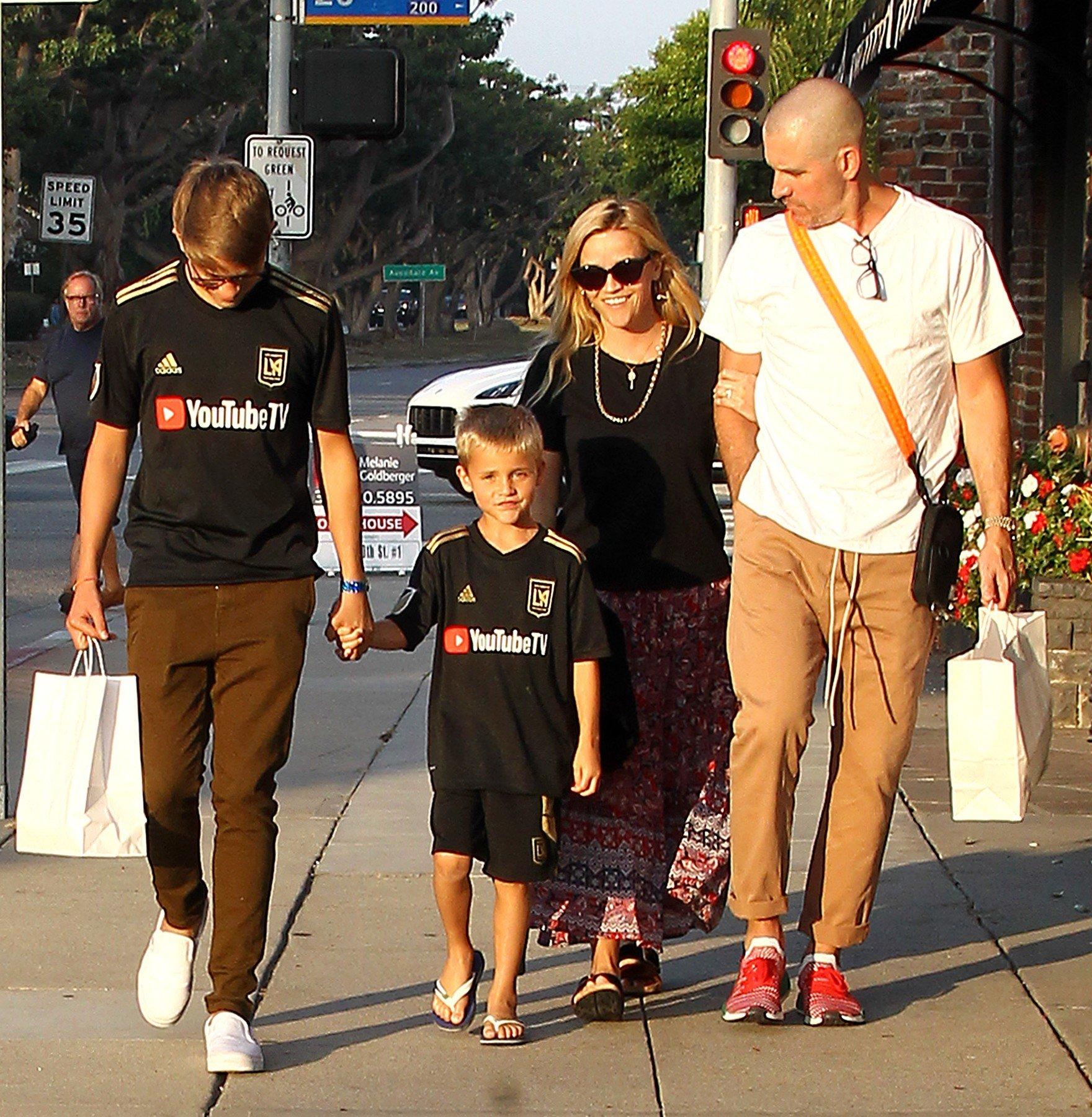 Reese i obitelj