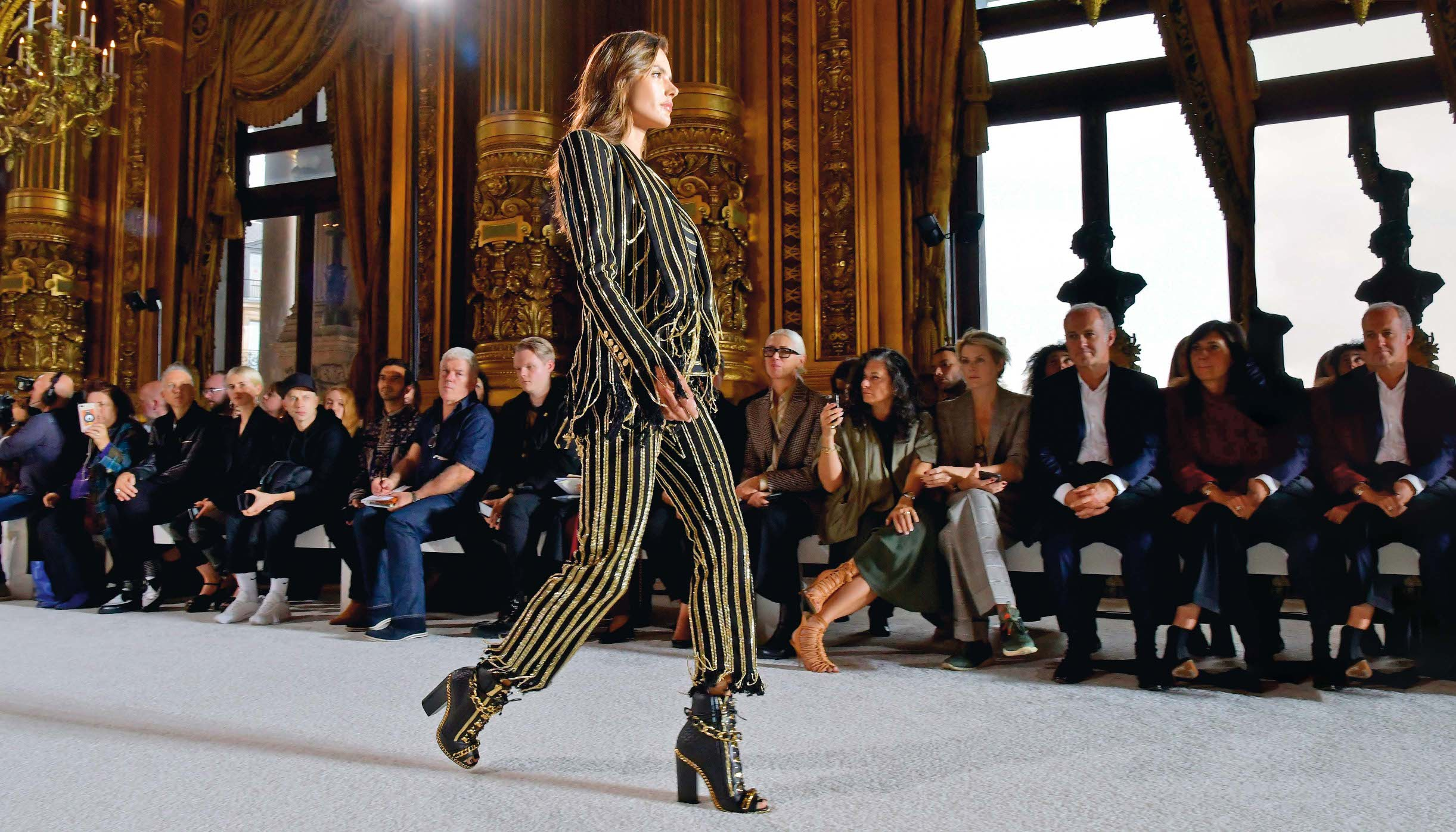 Alessandra Ambrosio on the catwalk Balmain show, Runway, Spring Summer 2018, Paris Fashion Week, France - 28 Sep 2017, Image: 350847887, License: Rights-managed, Restrictions: , Model Release: no, Credit line: Profimedia, TEMP Rex Features