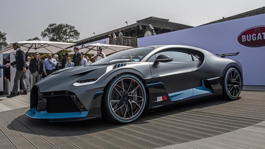 02-bugatti-divo-unveiling-1