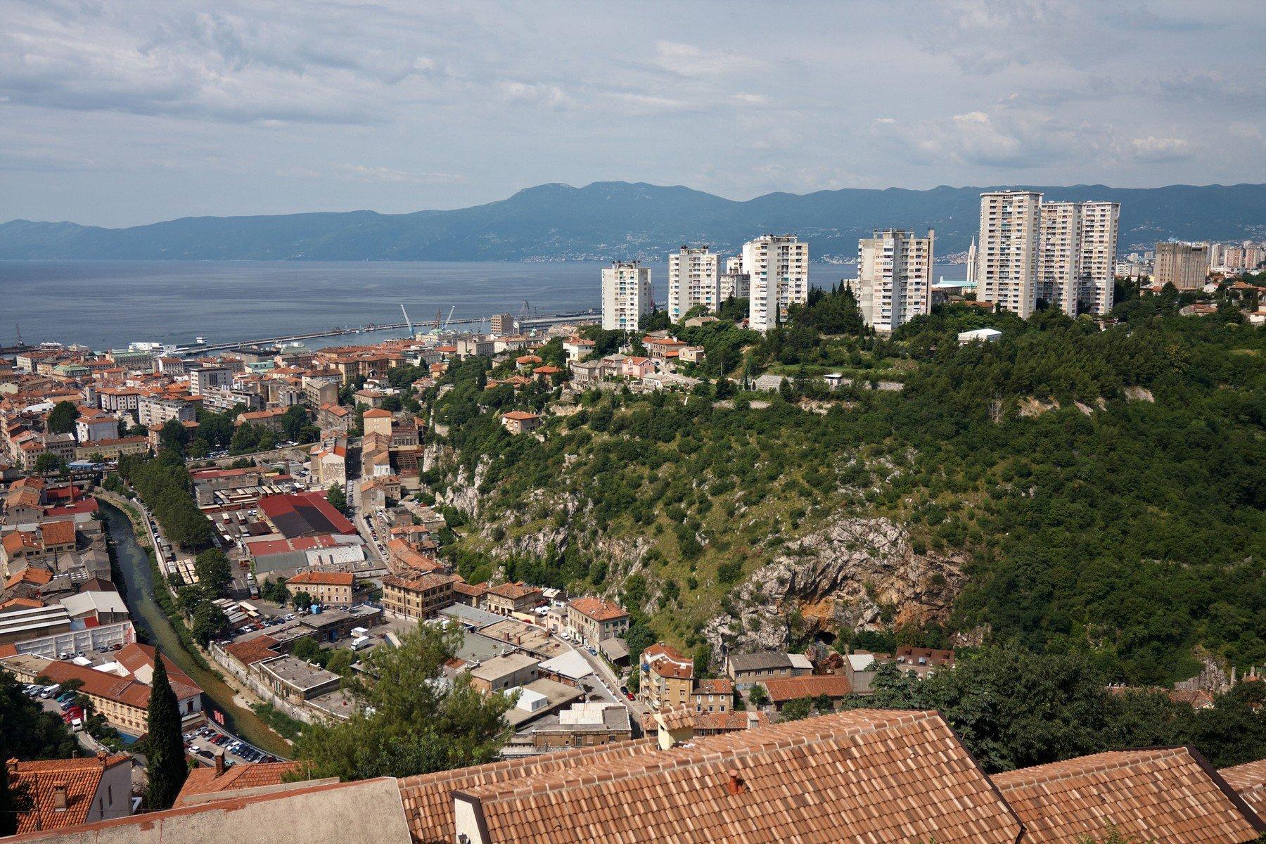Pogled na Rijeku s Trsatske gradine